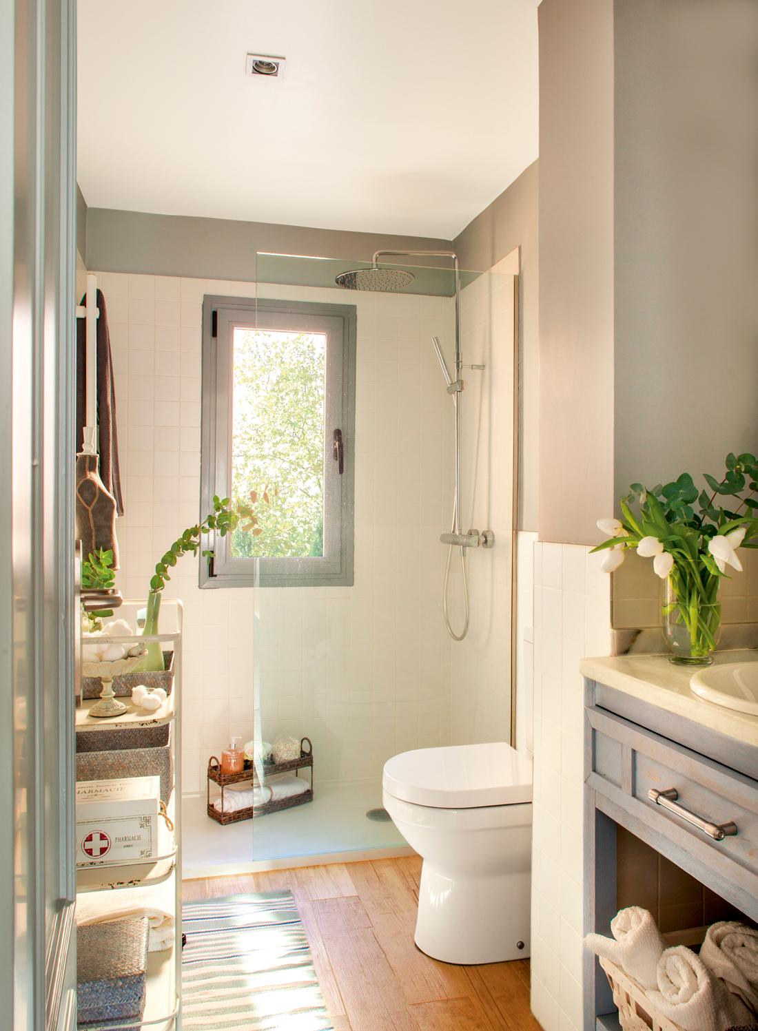 10 ideas geniales para baños pequeños 7db2cfad7c44