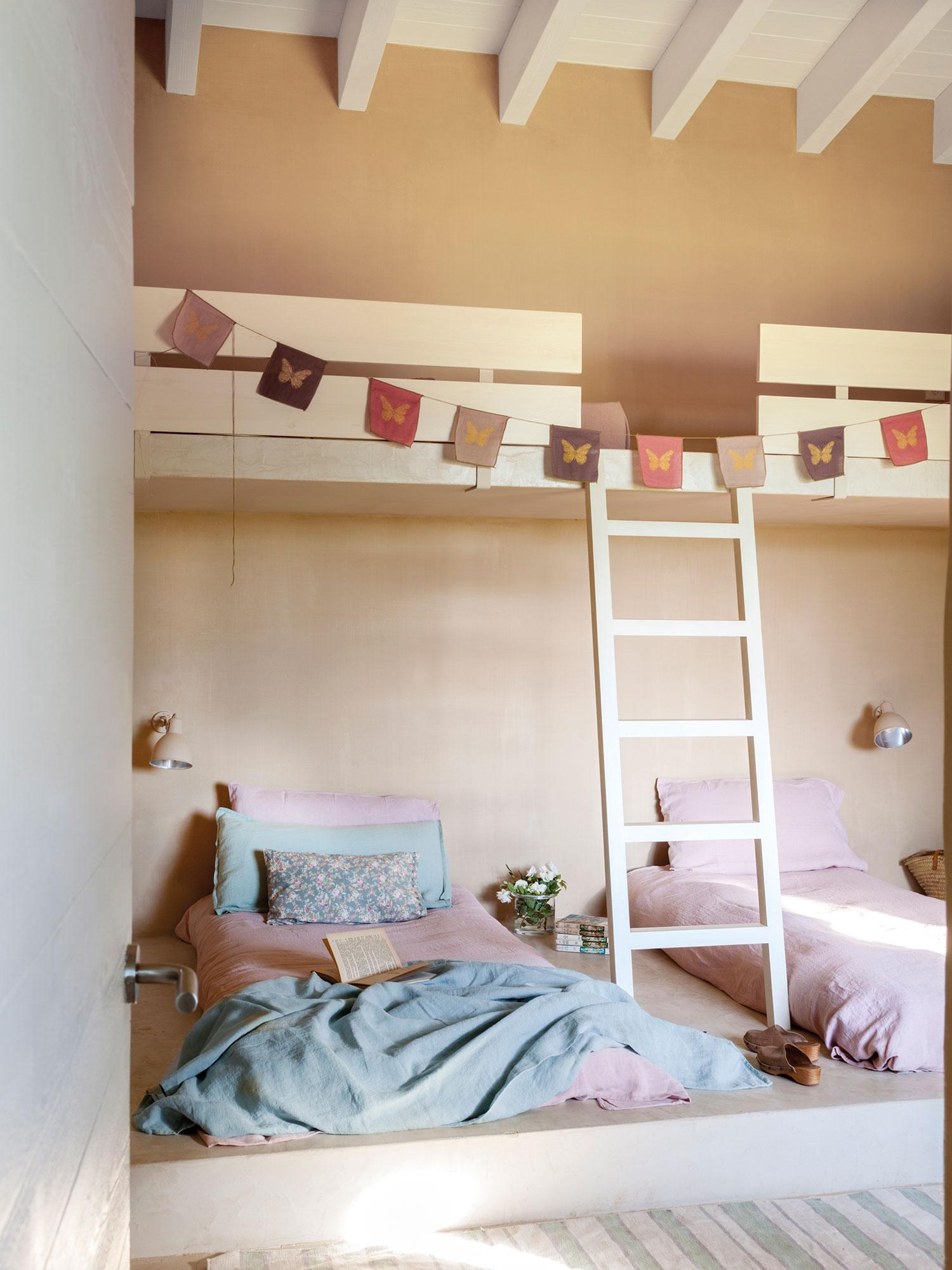 Dormitorios infantiles 7 buenas ideas para compartir - Dormitorios con literas ...