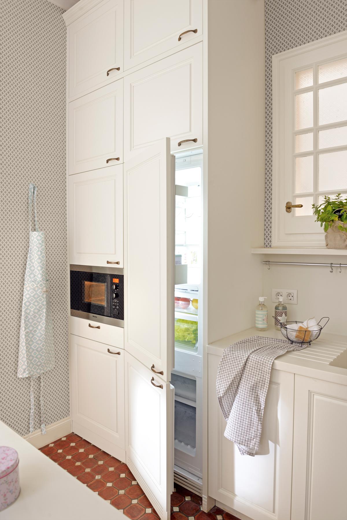 10 Ideas Geniales Para Cocinas Peque As # Muebles Microondas