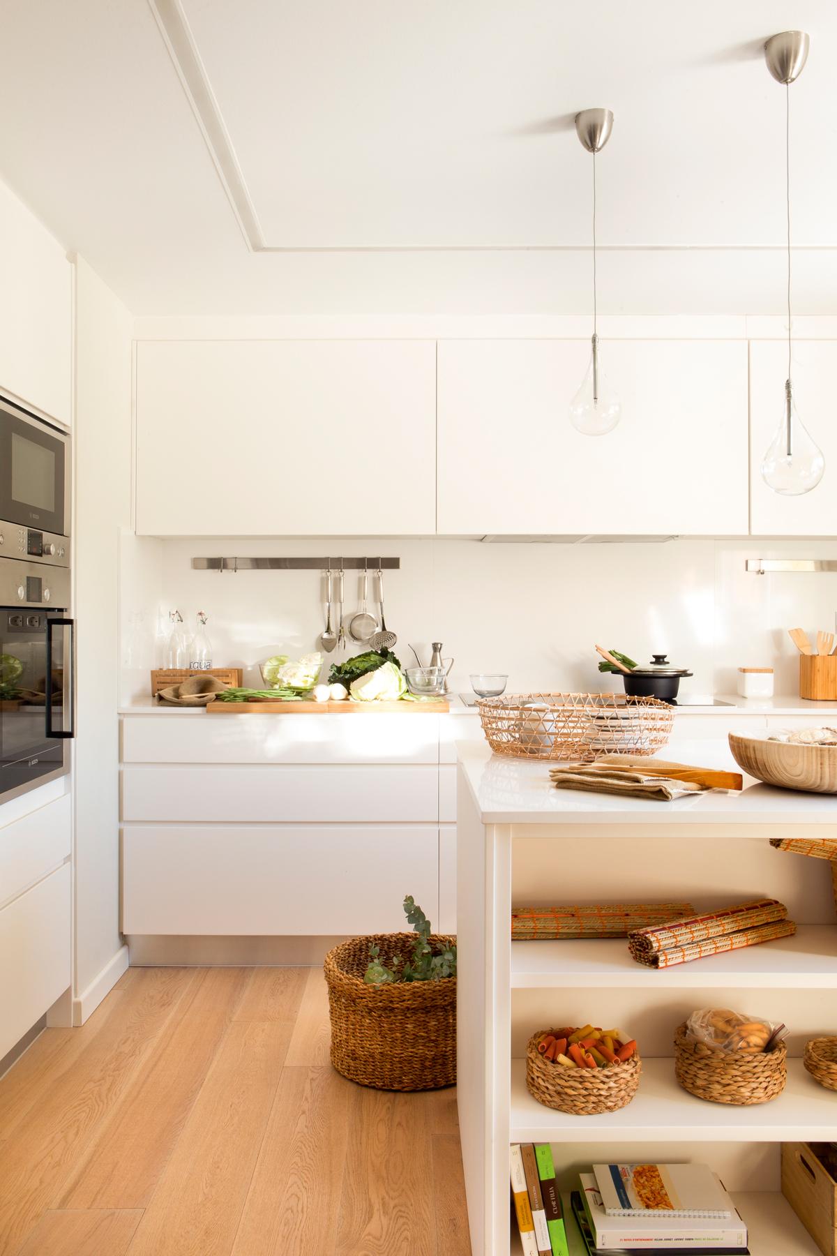 20 l mparas para decorar toda tu casa for Como modernizar una cocina clasica