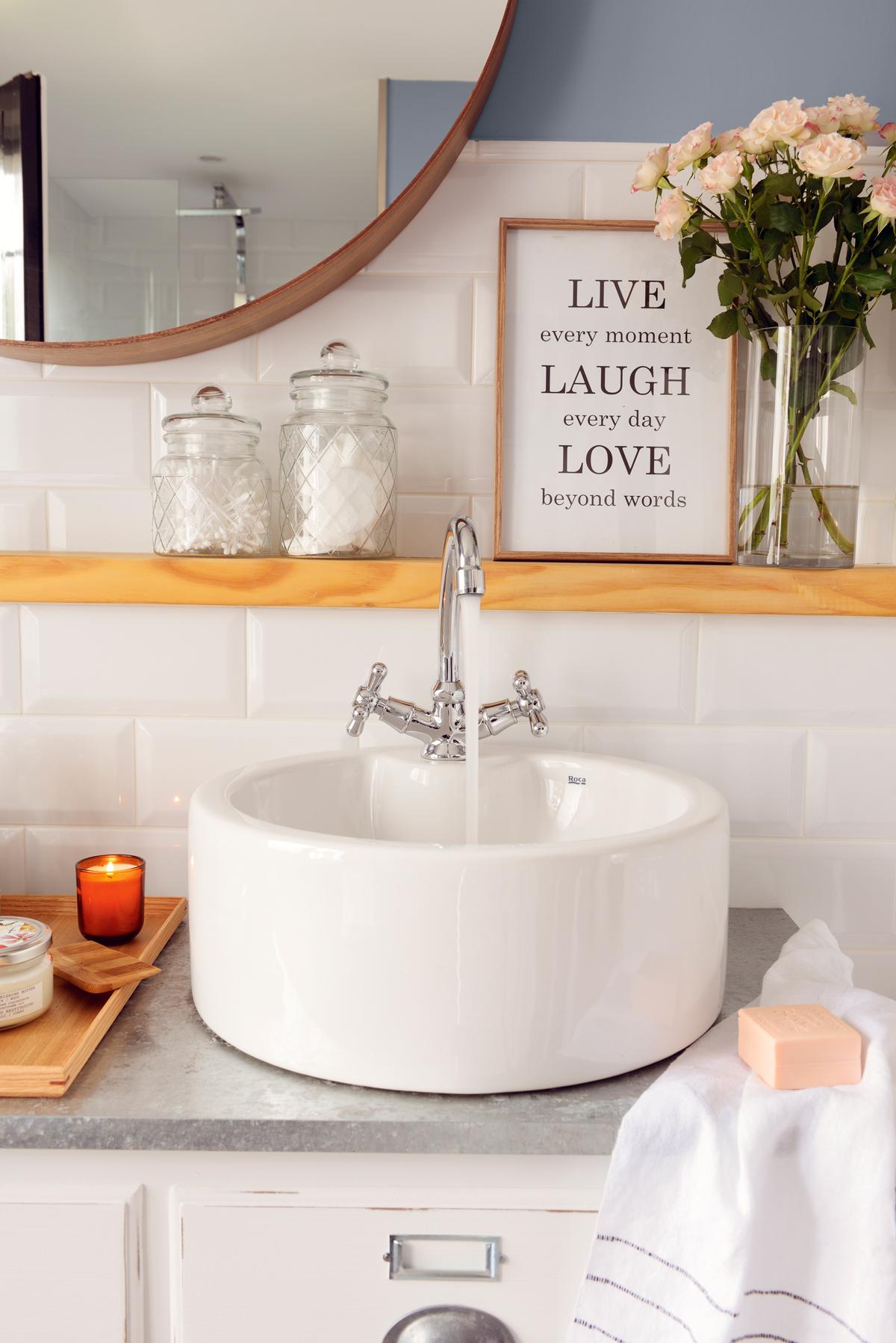 Un lavamanos para cada ba o for Espejo redondo pequeno
