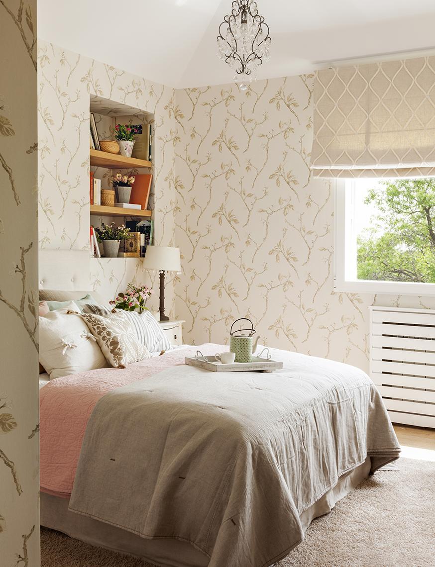 Dormitorios decorados seg n el feng shui para mantener vivo el amor - Papel pintado rojo y blanco ...