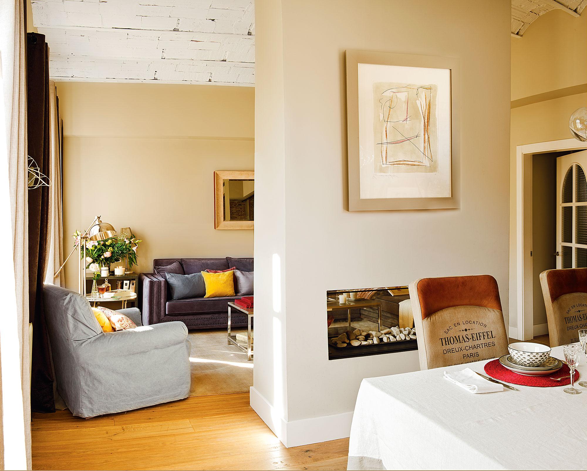 Salones con comedor buenas ideas para compartir espacio for Separacion entre cocina y comedor