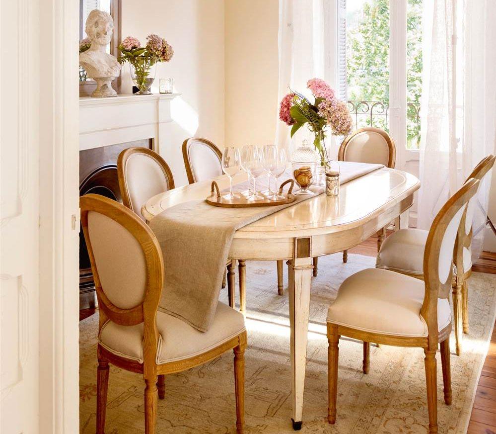 La mesa del comedor claves para elegirla y acertar for Comedor ovalado extensible
