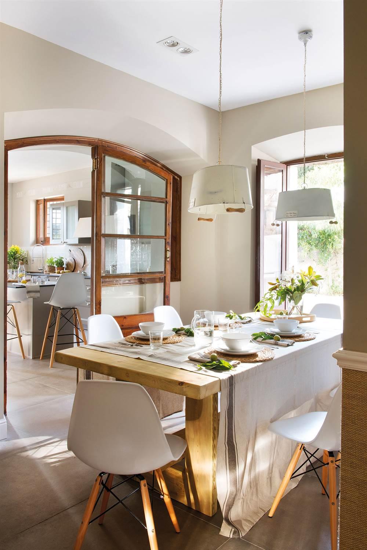 La mesa del comedor claves para elegirla y acertar for Comedores para cocinas pequenas