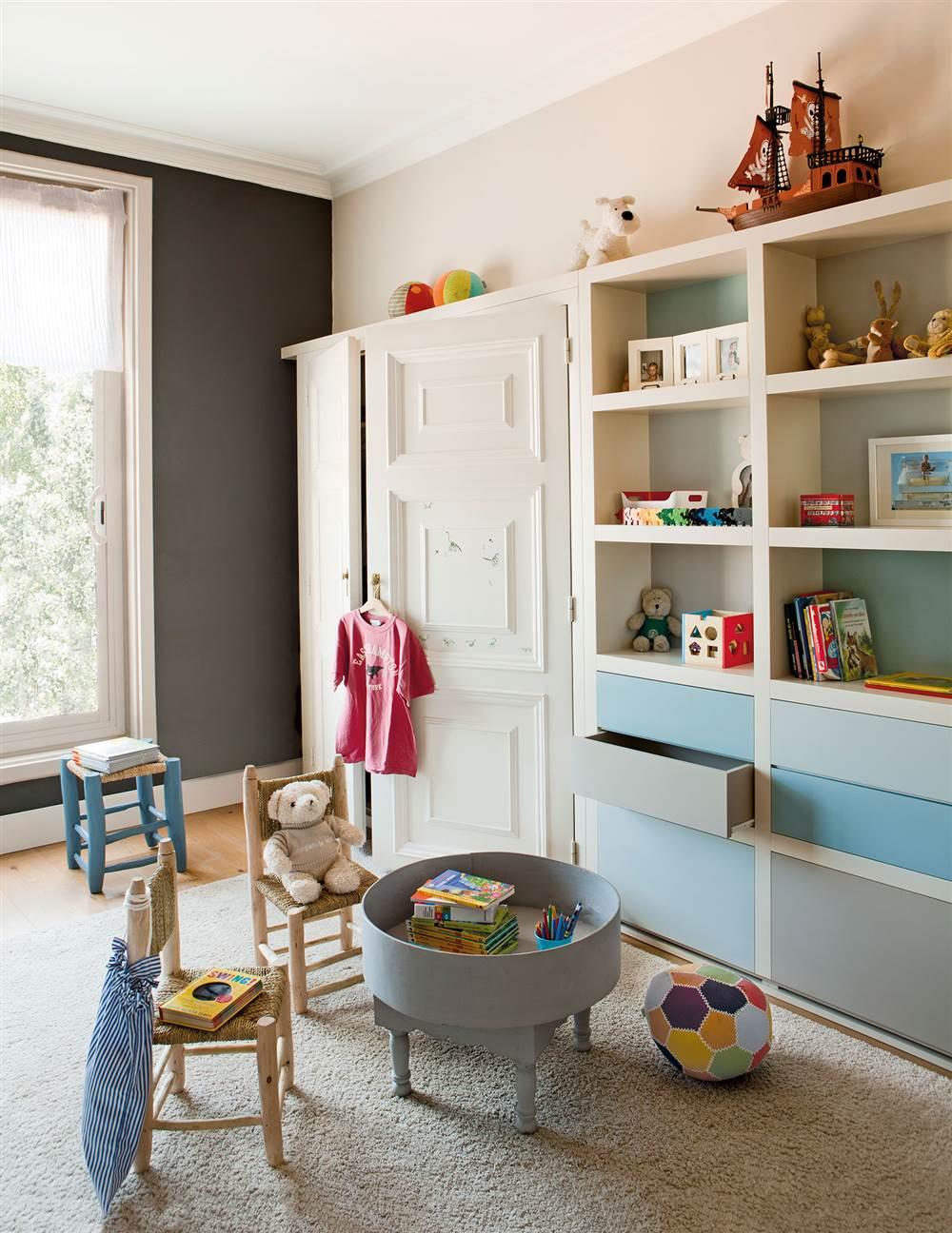 Soluciones para ordenar y guardar los juguetes - Estanterias guardar juguetes ...
