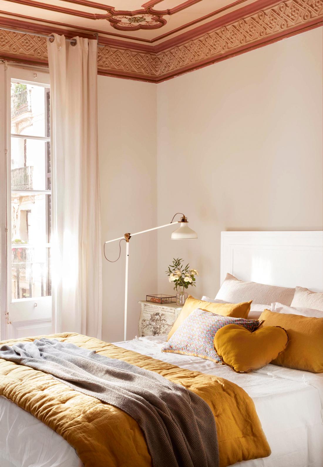 Redecora tu casa seg n la estaci n de a o - Cabeceros con cojines ...