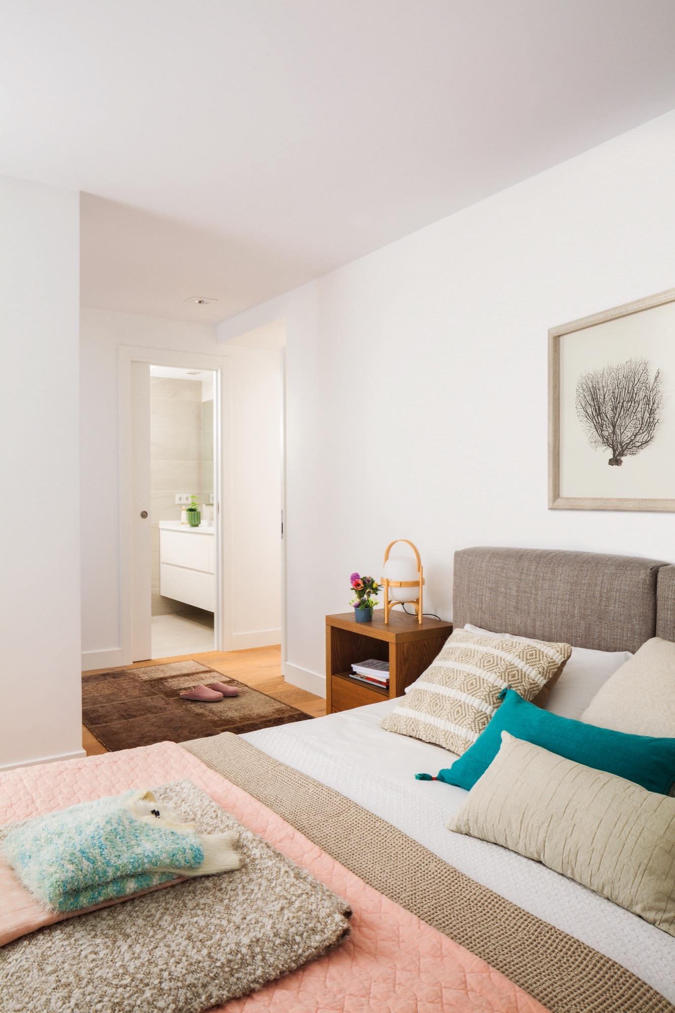 Un piso con historia familiar completamente reformado for Puertas zarautz