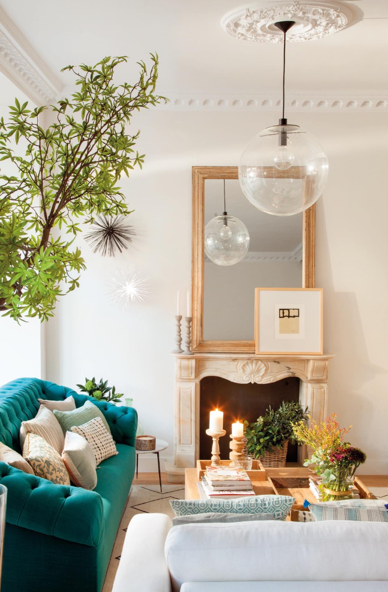 Un piso reformado en madrid con cocina sal n y comedor di fanos - Candelabros modernos ...
