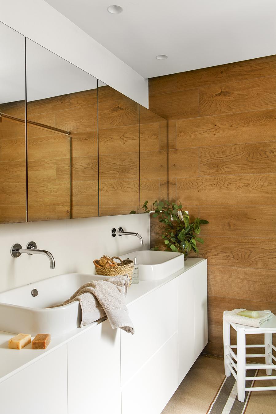 Suelo ceramica imitacion madera free suelo porcelnico de imitacin a madera seattle with suelo - Suelo ceramica imitacion madera ...