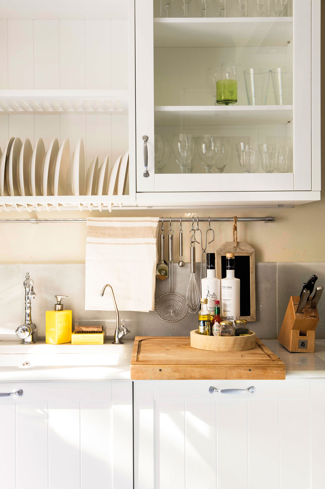 Cocina en orden las claves del xito for Plateros para cocina