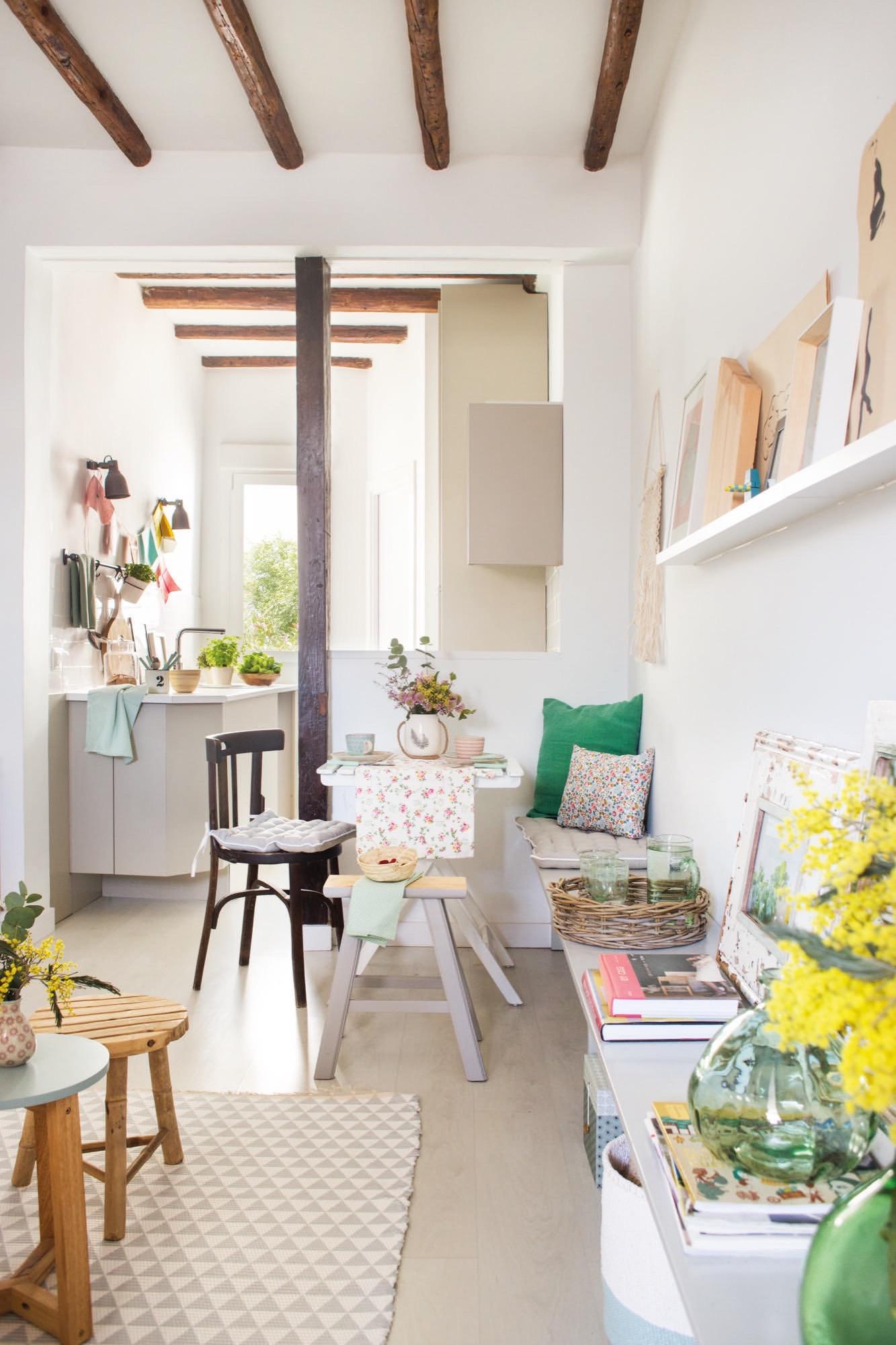 Un piso peque o en malasa a con muchas ideas for Fronda decoracion