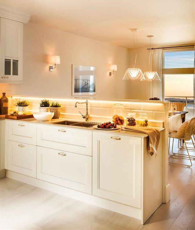 20 reformas expr s para darle un aire renovado a tu casa - Cambiar suelo cocina sin quitar muebles ...