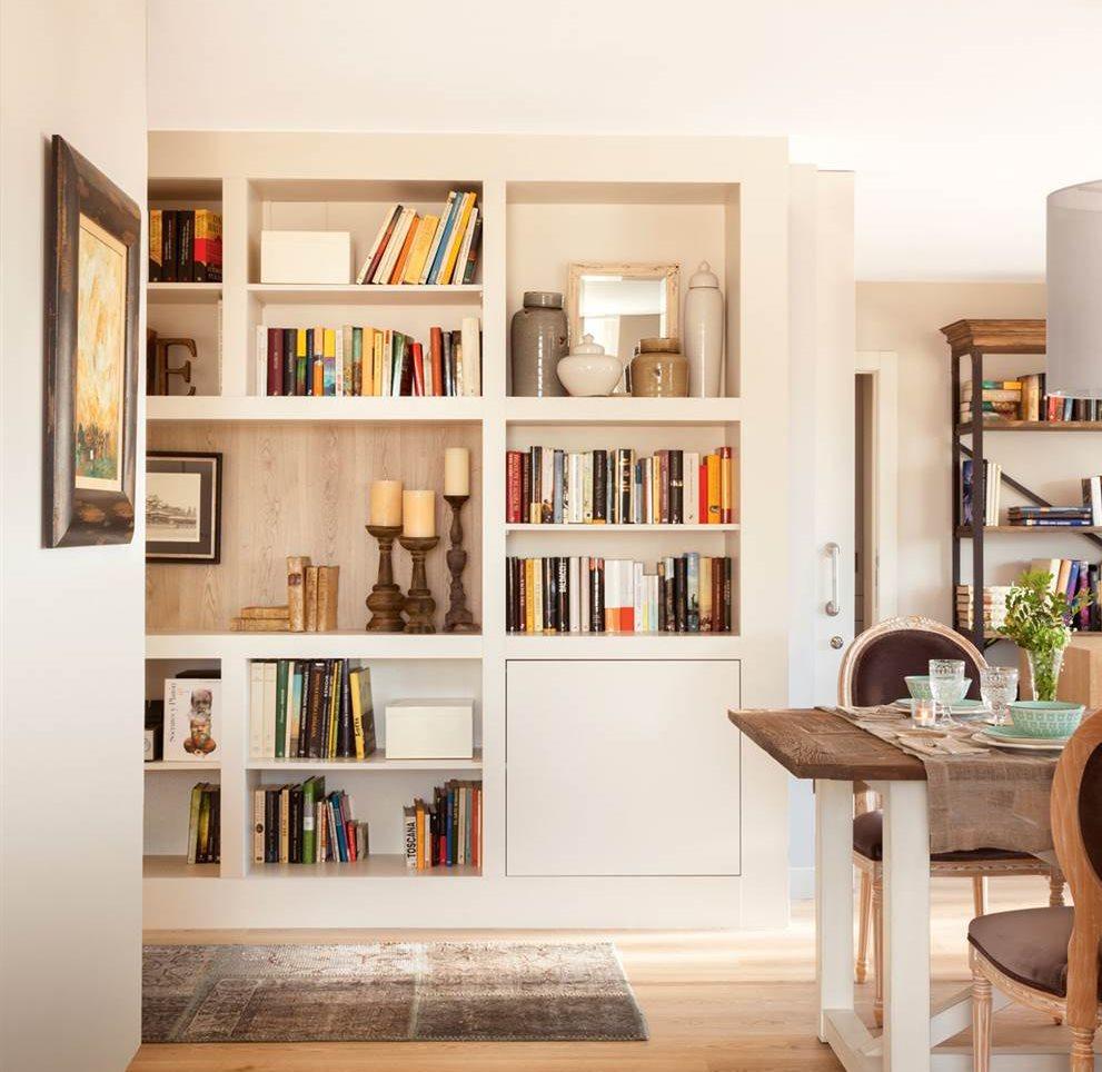 Ideas para sumar almacenaje en distintos rincones de casa for Libreria muebles