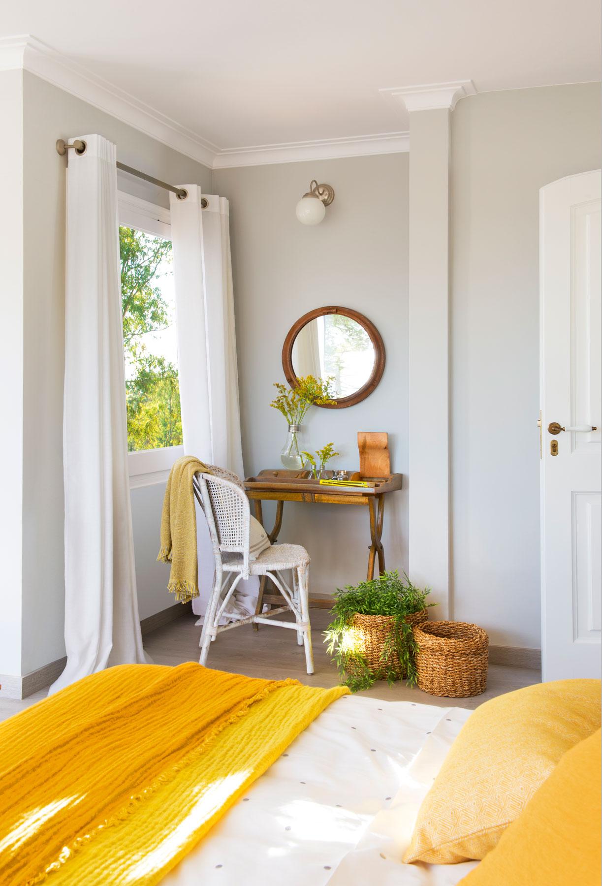 Sigue la regla del 60 30 10 y combina colores con xito for Dormitorio para padres en blanco y negro