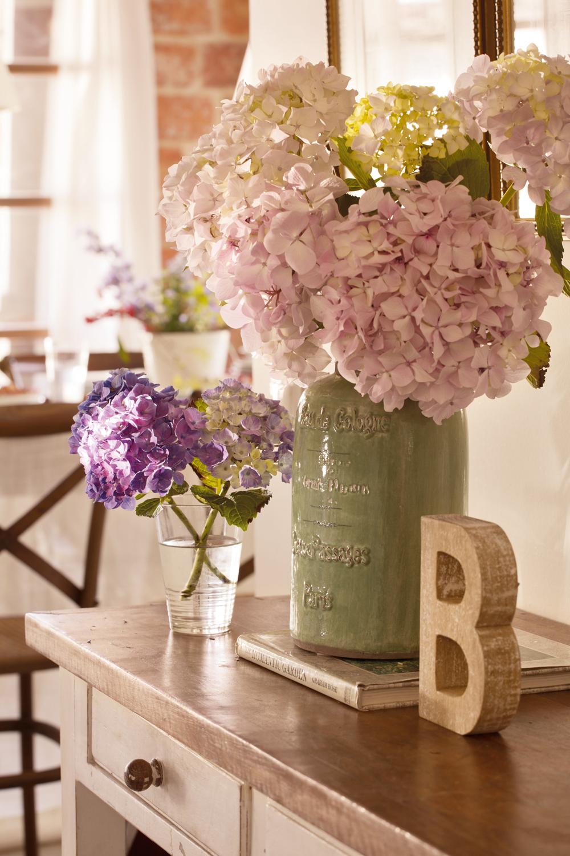 10 flores perfectas para hacer ramos for Jarron cristal decoracion