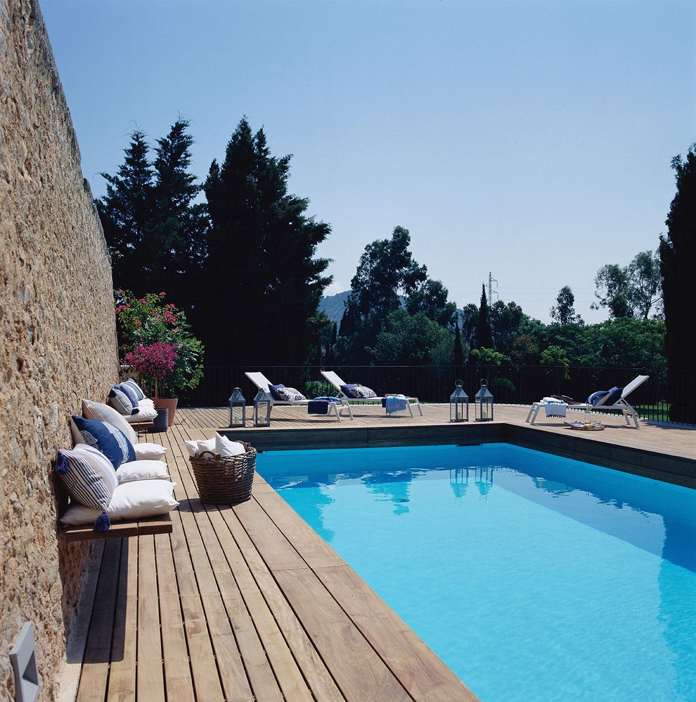 Una casa r stica en mallorca con arcos y paredes de piedra - Casas con piscina en galicia ...