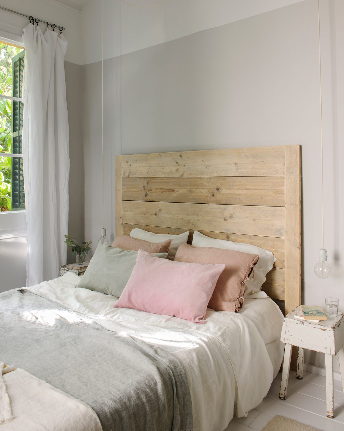 Feng shui para decorar tu dormitorio for Color de cortina con pared blanca
