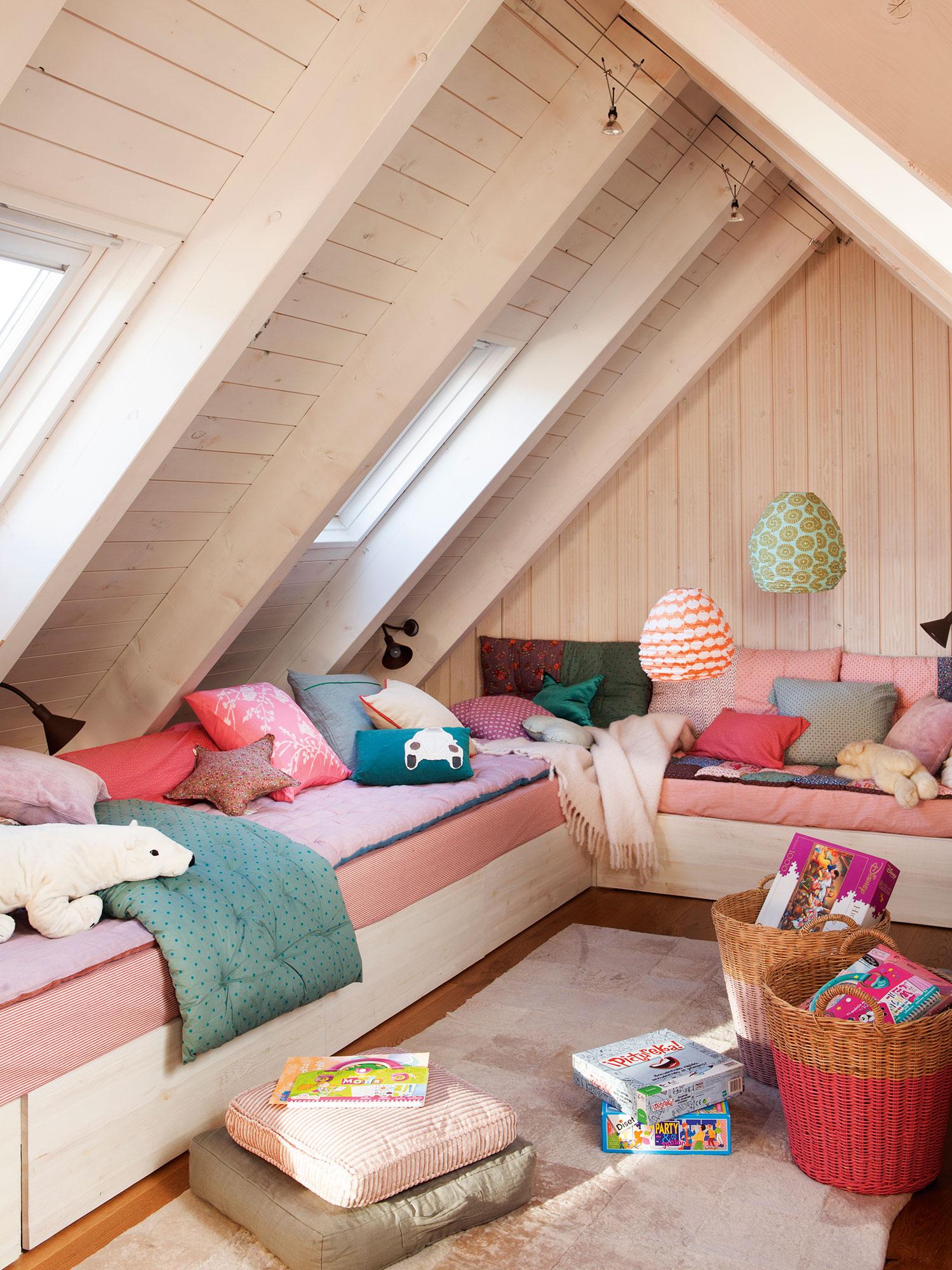 Decorar con cestos est de moda - Habitacion infantil con dos camas ...