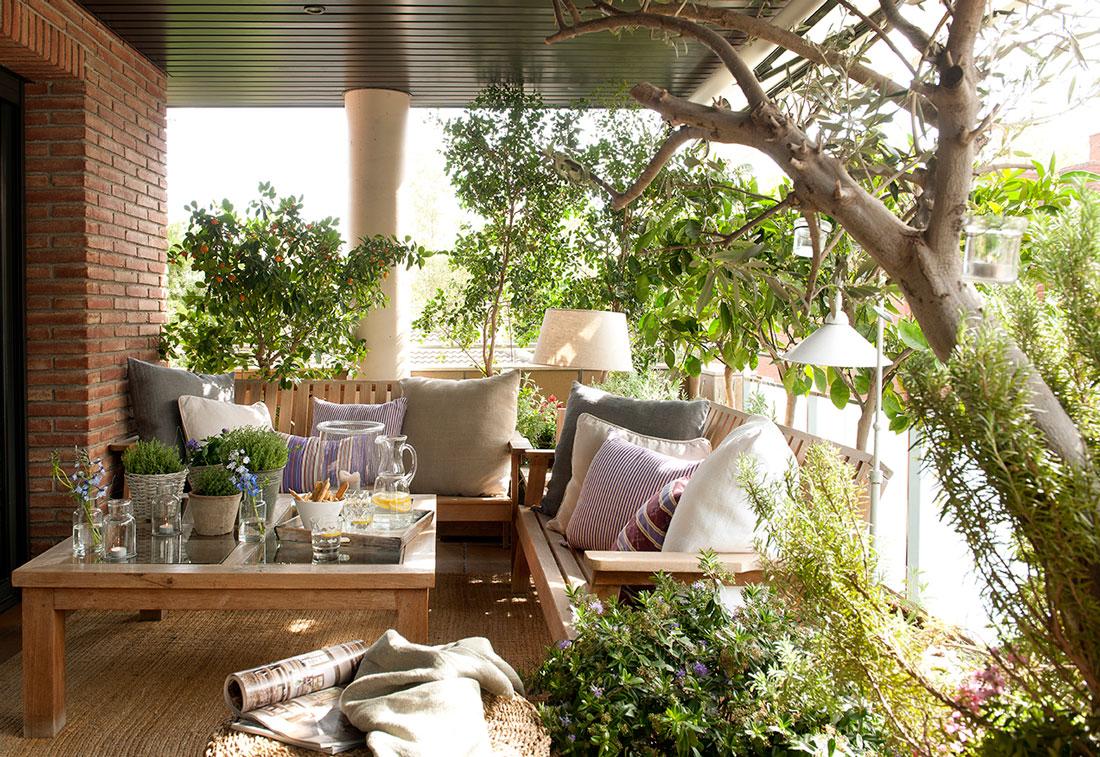 Preparar la terraza para el verano for Muebles terraza pequena
