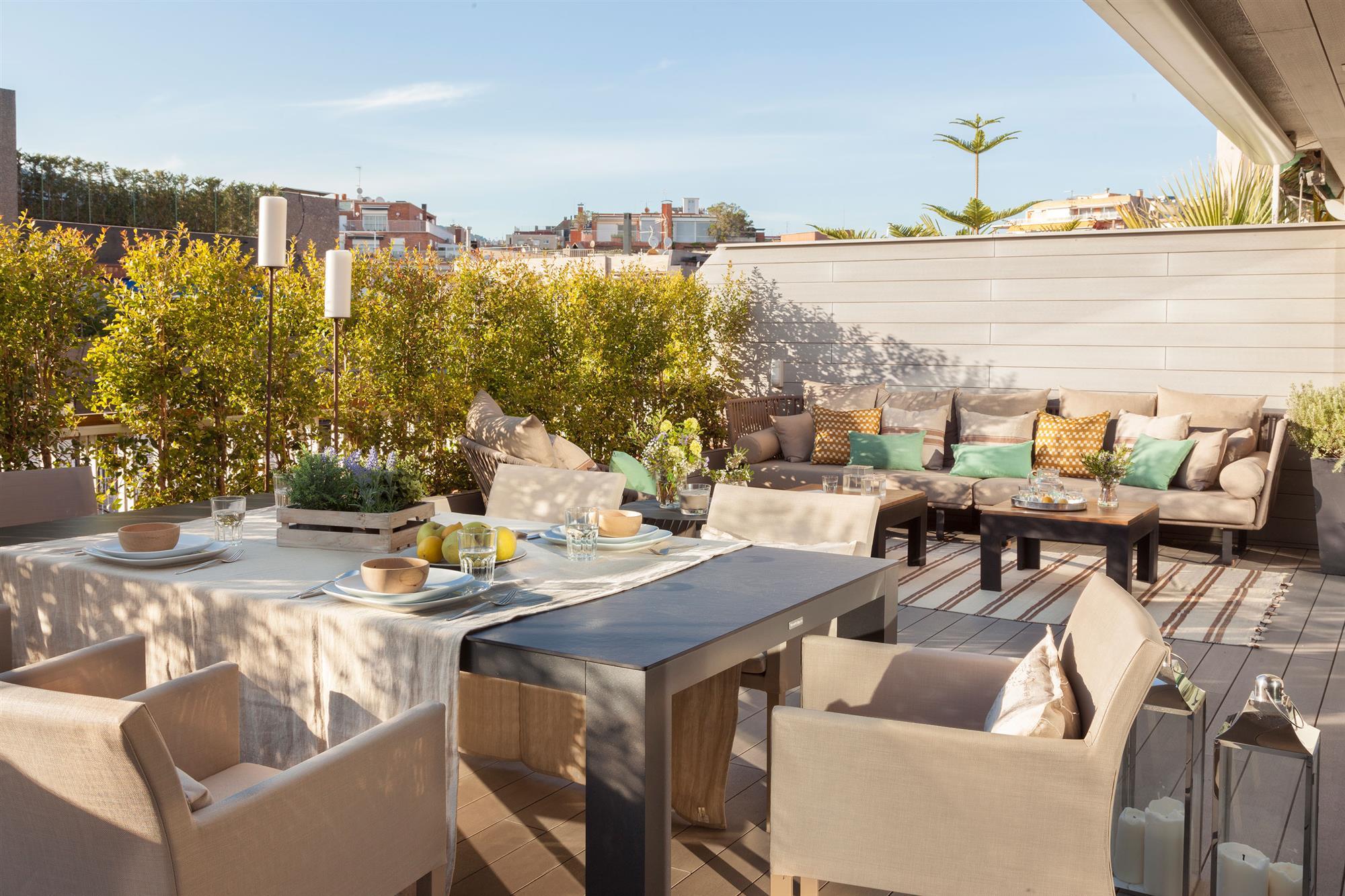 Decorar la terraza seg n su talla c mo aprovechar el espacio - Comedor terraza ...