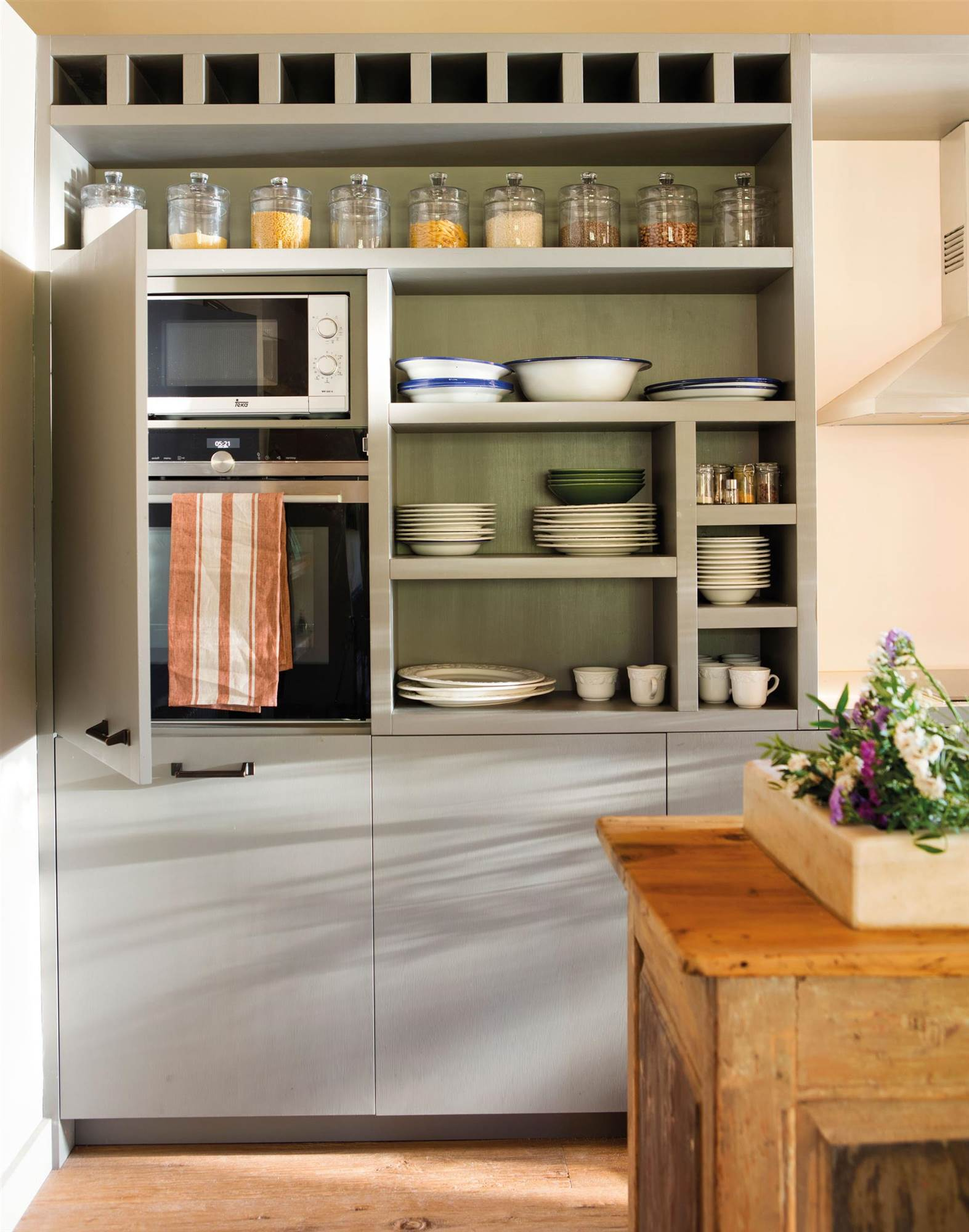 Panelar electrodom sticos for Muebles de cocina para microondas