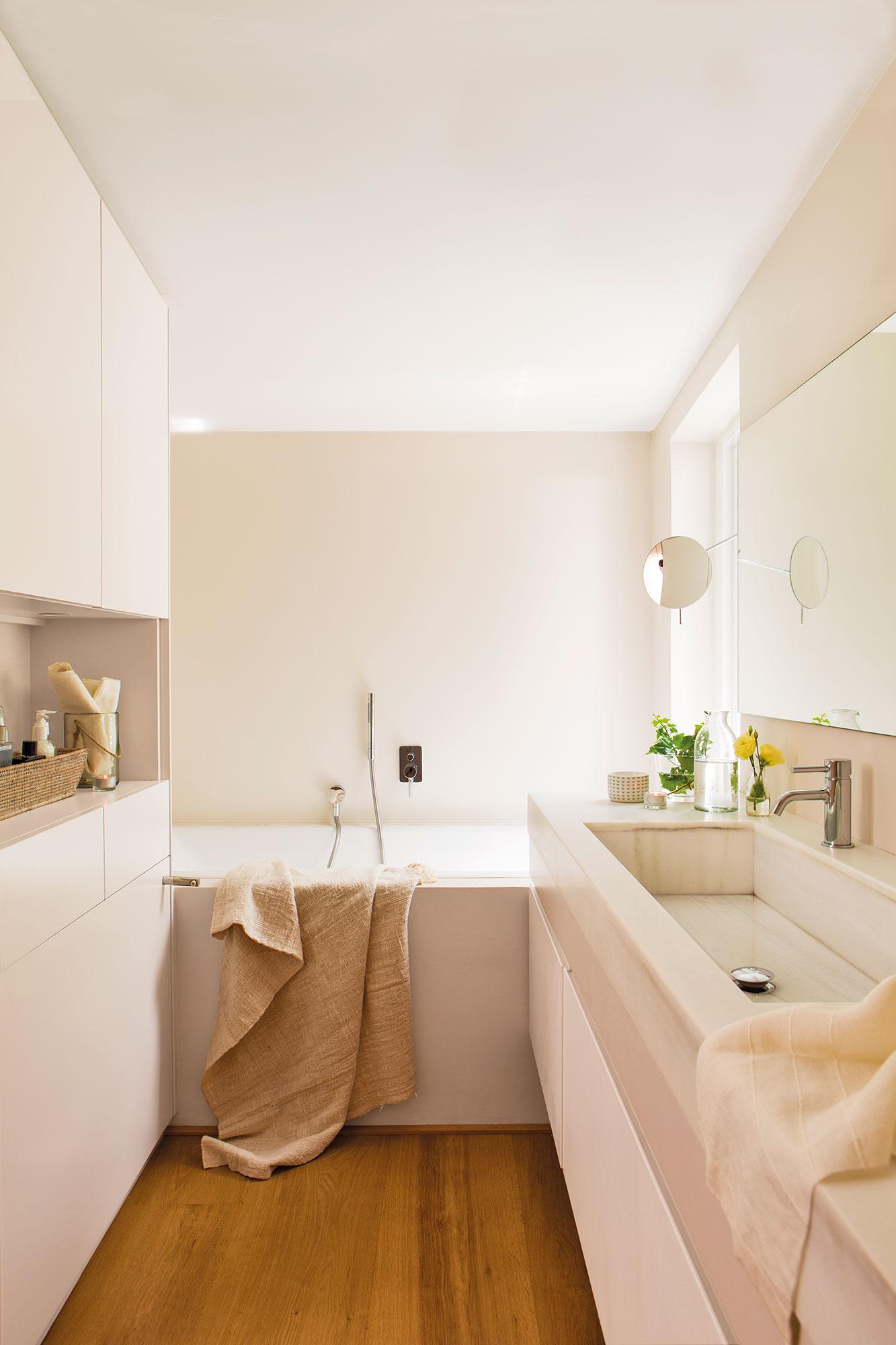 Muebles ba o decoraci n accesorios mamparas y azulejos for Banos blancos