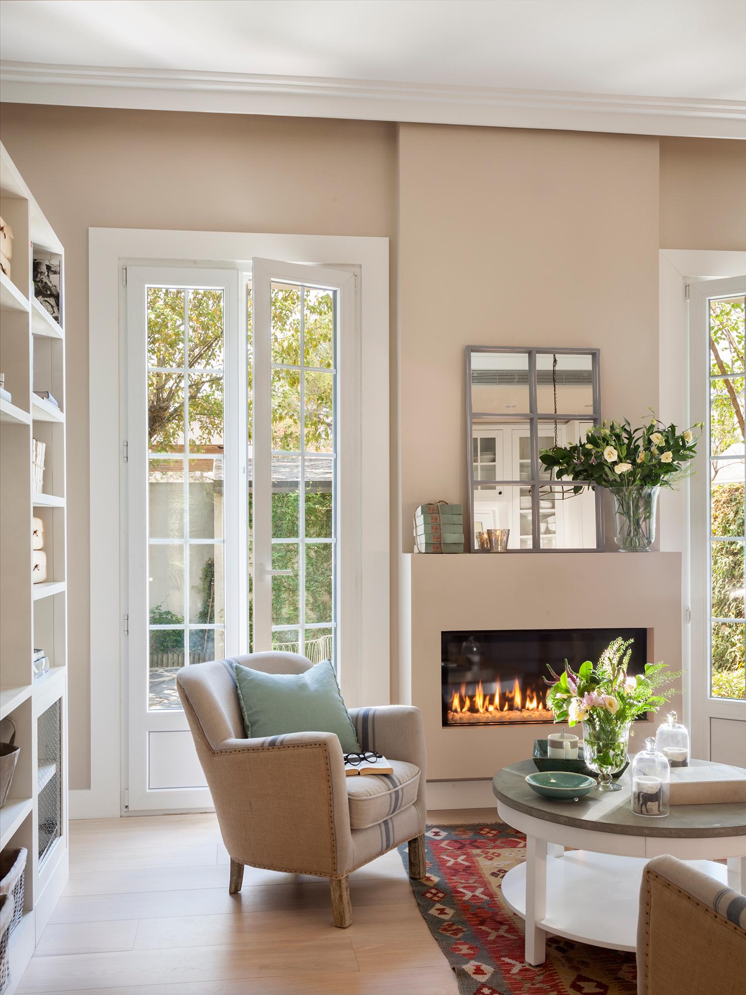 Trucos para que las ventanas parezcan m s grandes - Salones con chimeneas ...