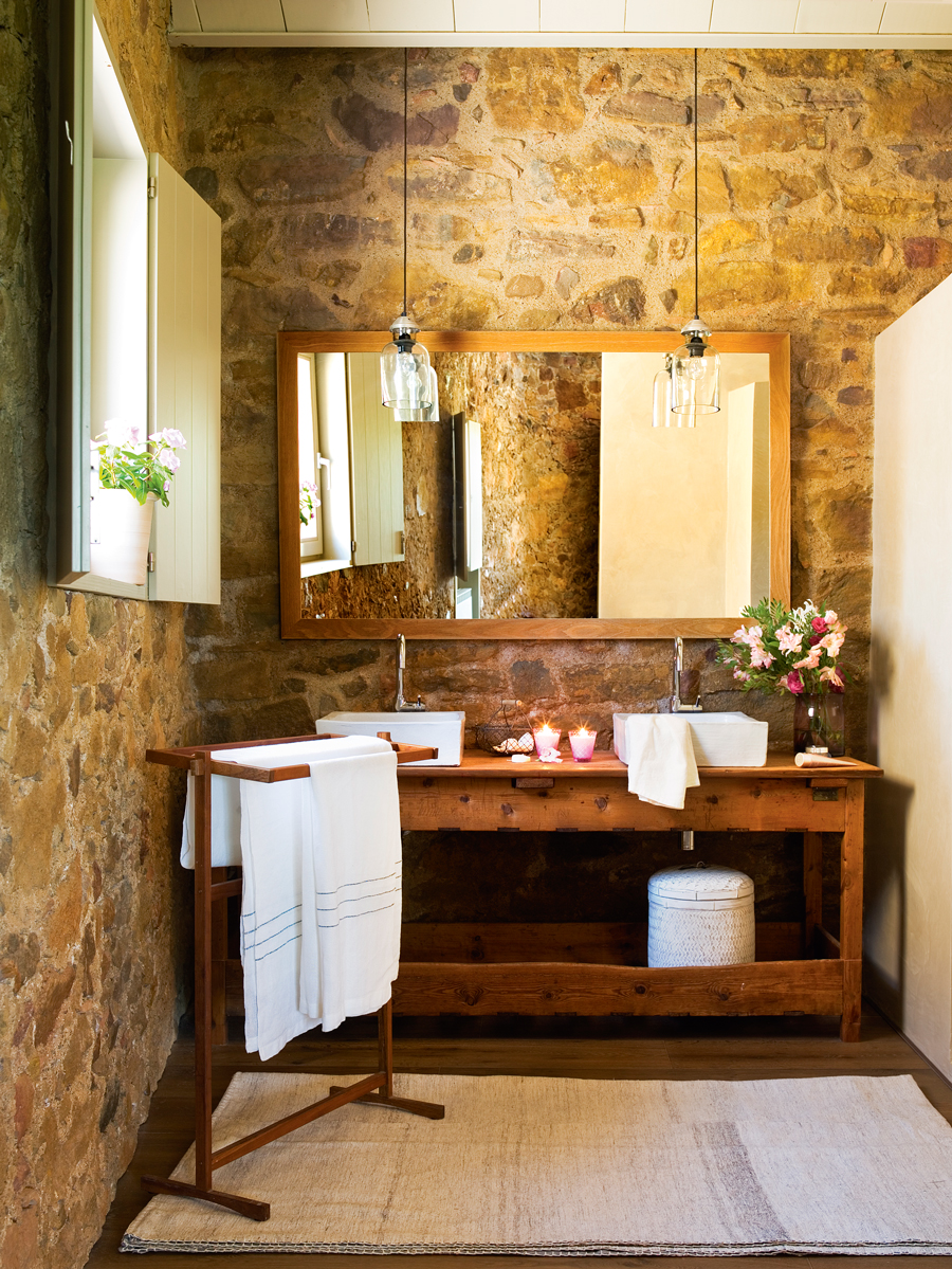 12 ba os r sticos para inspirarte for Mueble lavabo rustico