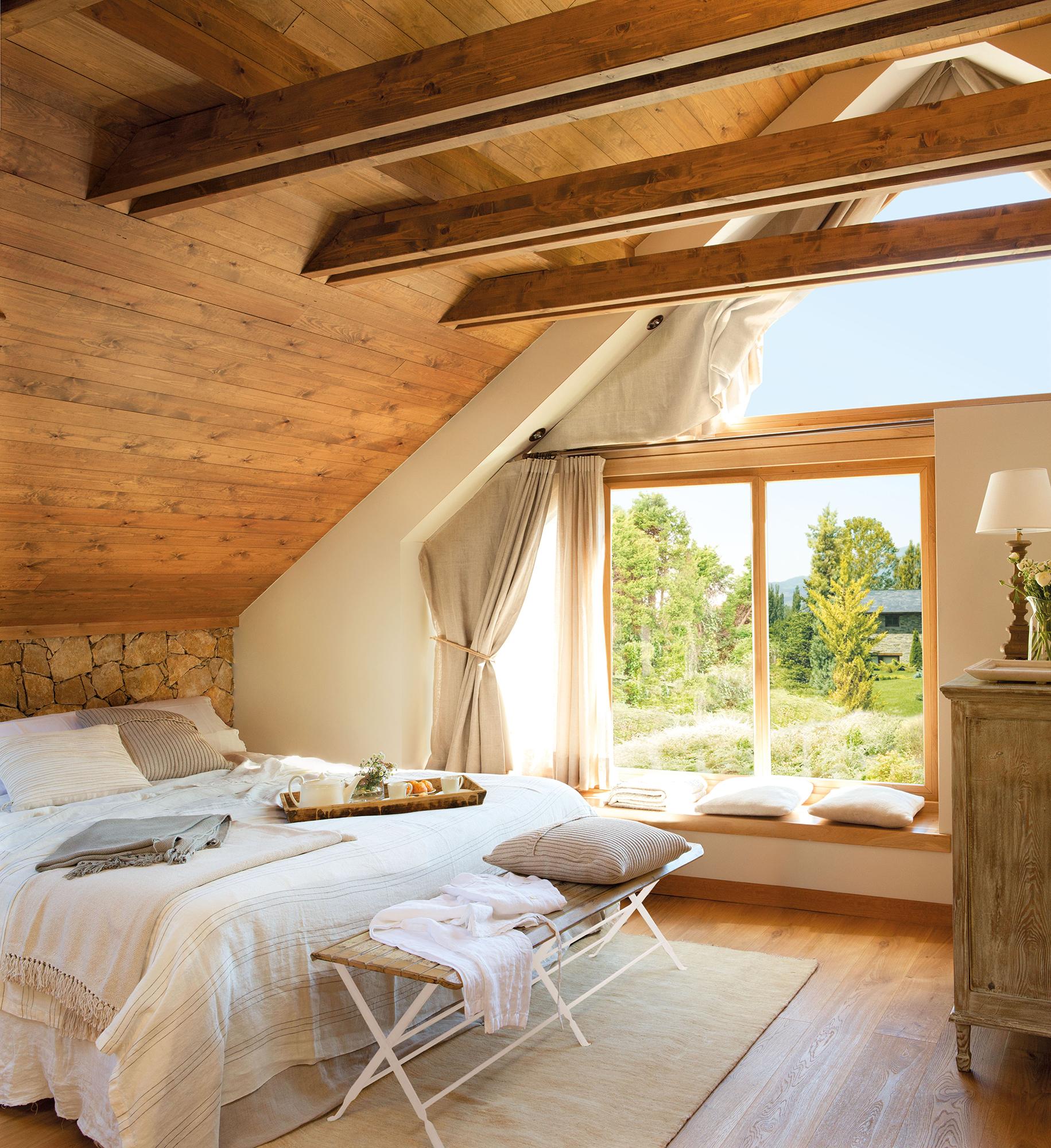 20 dormitorios de todos los estilos for Techos de madera para exterior