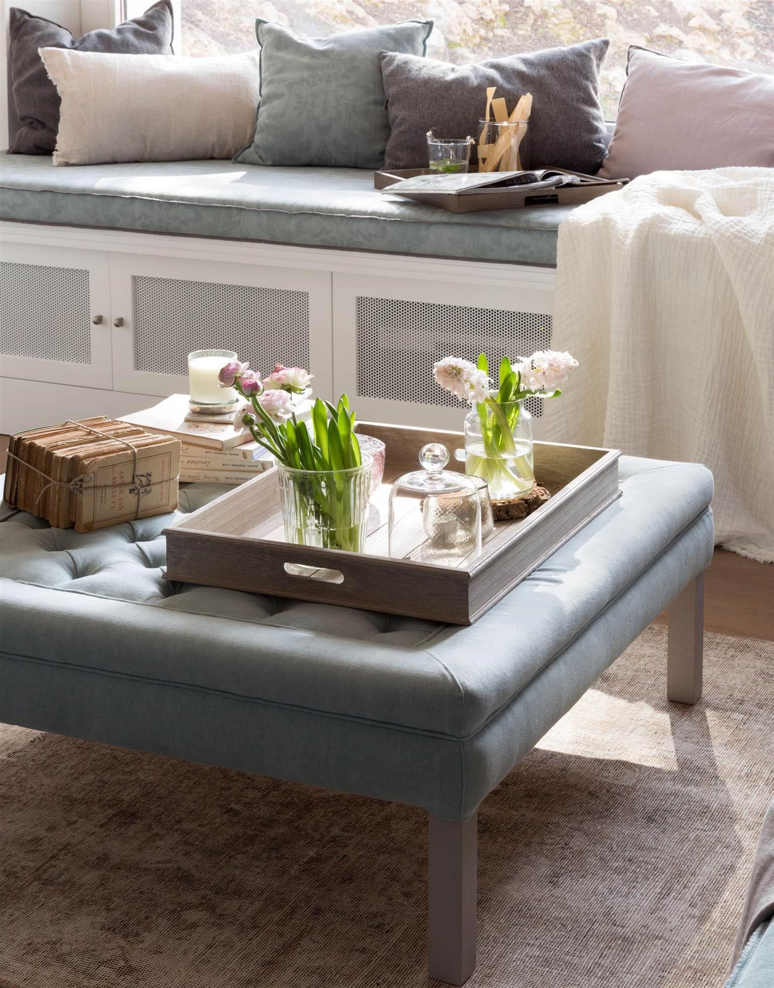 Mesas de centro galer a de fotos y modelos de mesas for Arreglo de muebles de sala