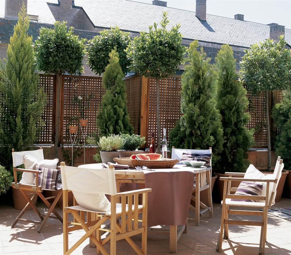 Consejos para poner a punto la terraza for Mesa de terraza con quitasol