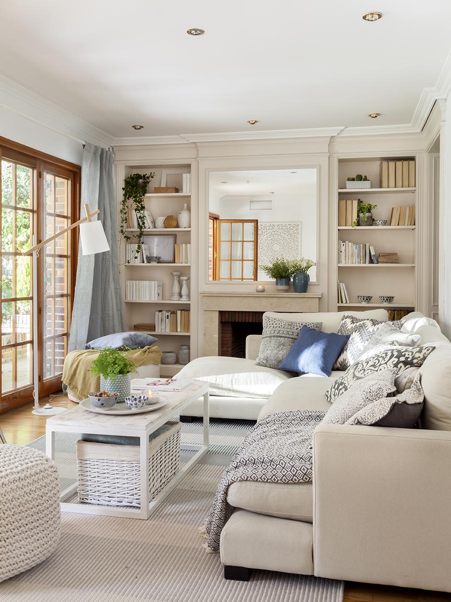 Sof s blancos todas las ventajas for Muebles romanticos blancos