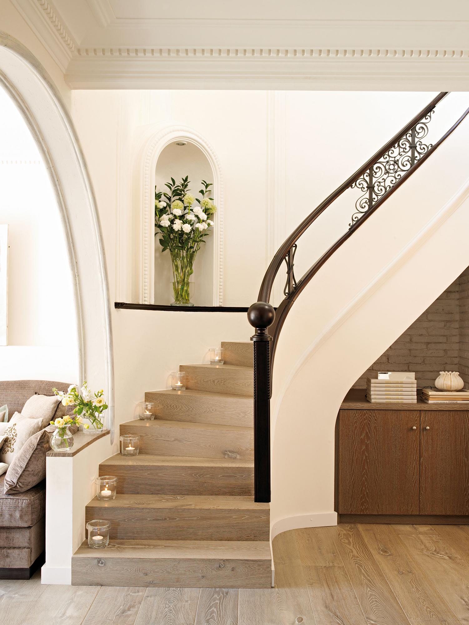Escaleras c mo planificarlas con acierto for Imagenes escaleras interiores