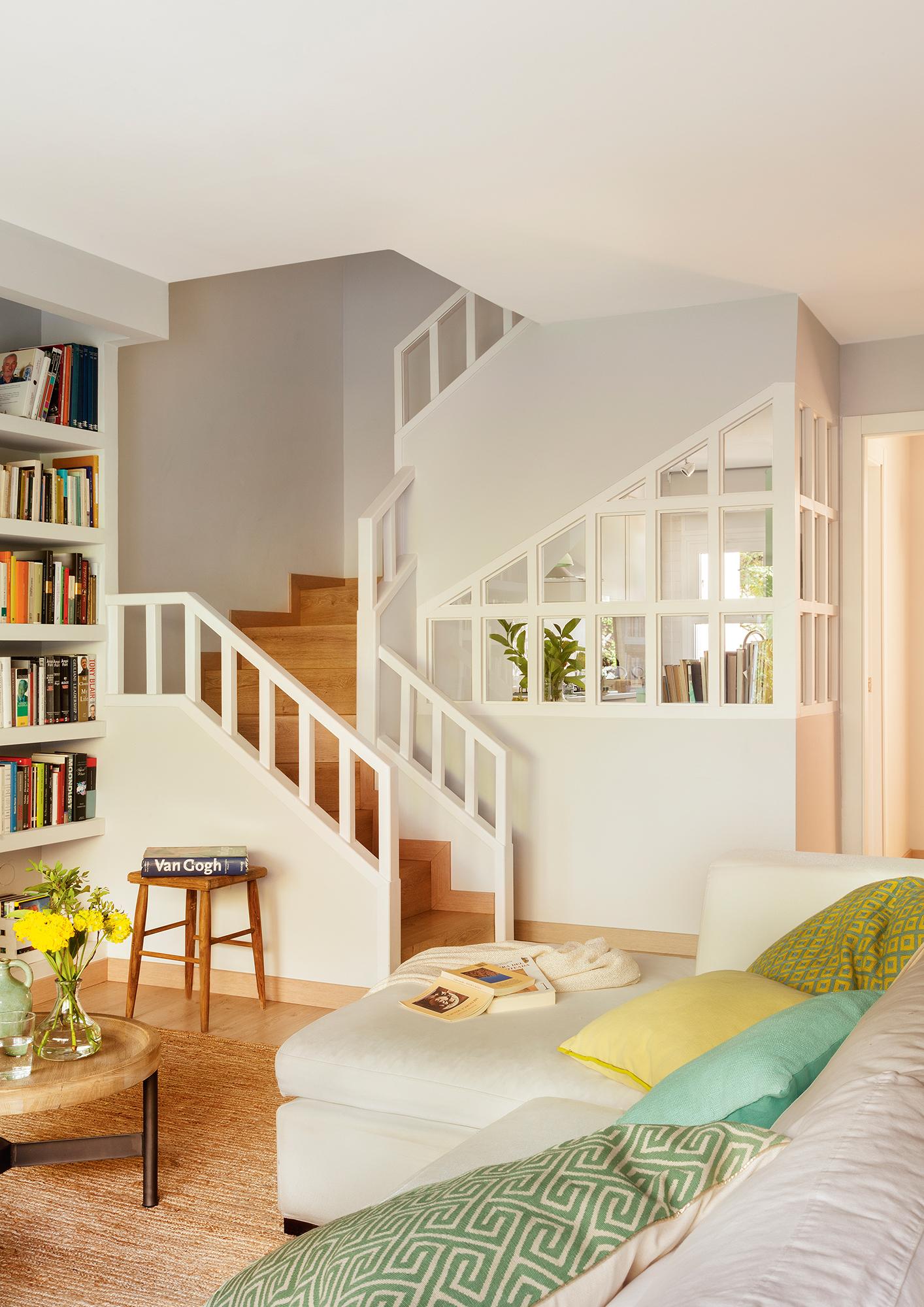Escaleras c mo planificarlas con acierto for Diseno de escaleras para espacios pequenos