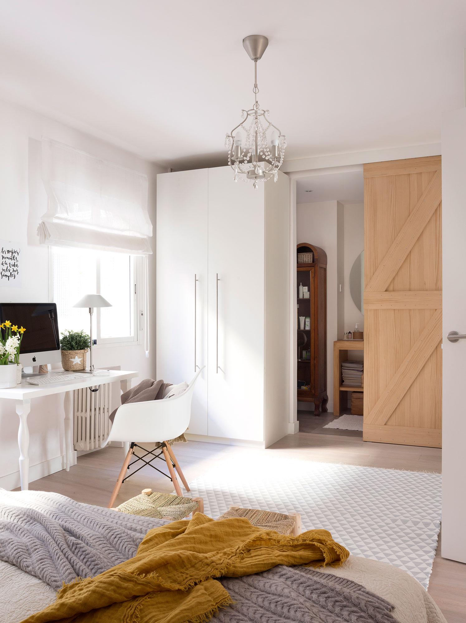 Puertas de granero de moda en decoraci n - Puertas correderas para dormitorios ...