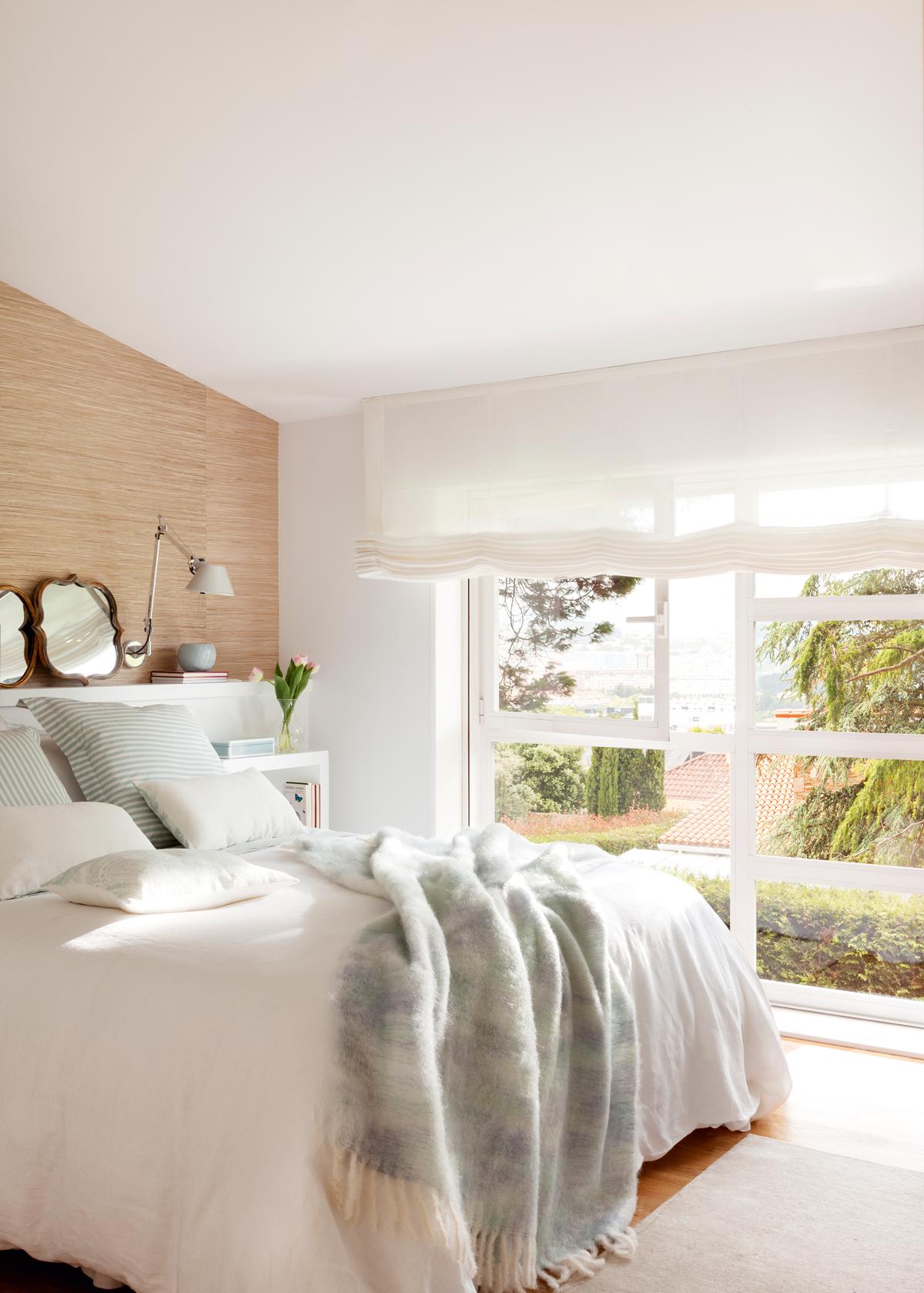 Dormitorios decorados en blanco for Diseno de dormitorio blanco