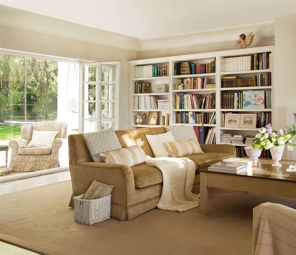 30 ideas para renovar tu casa con un bajo presupuesto for Renovar salon clasico