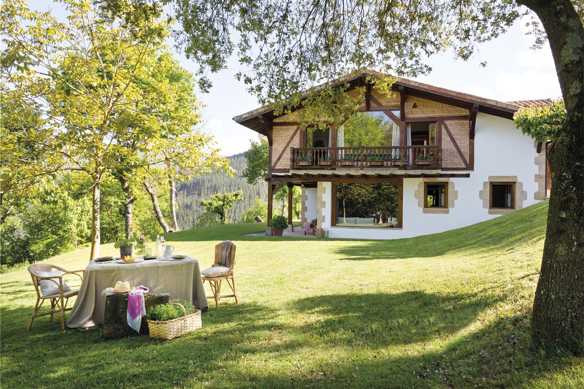 Casa de campo en el norte decorada con estilo - Casa campo y jardin ...