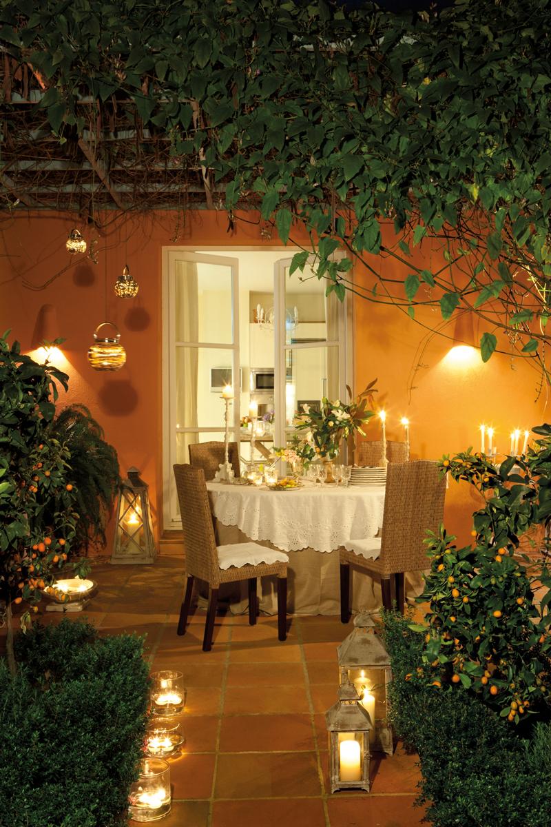C mo decorar la terraza o el porche por la noche for El jardin romantico