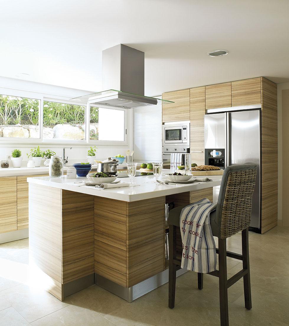 713 fotos de muebles de cocina - Taburete barra cocina ...