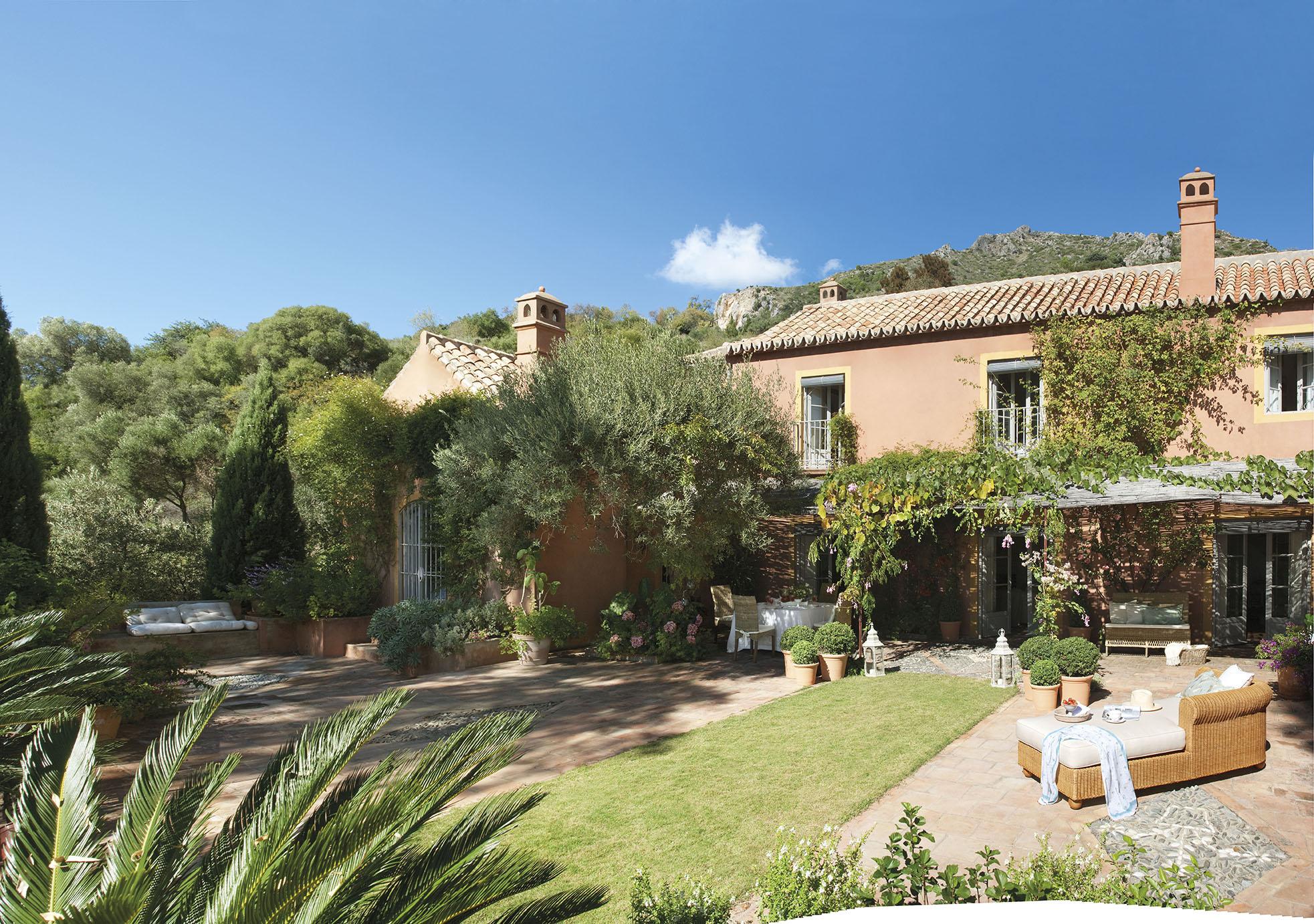 Decoraci n cl sica en una casa andaluza - Fachadas de casas rusticas andaluzas ...