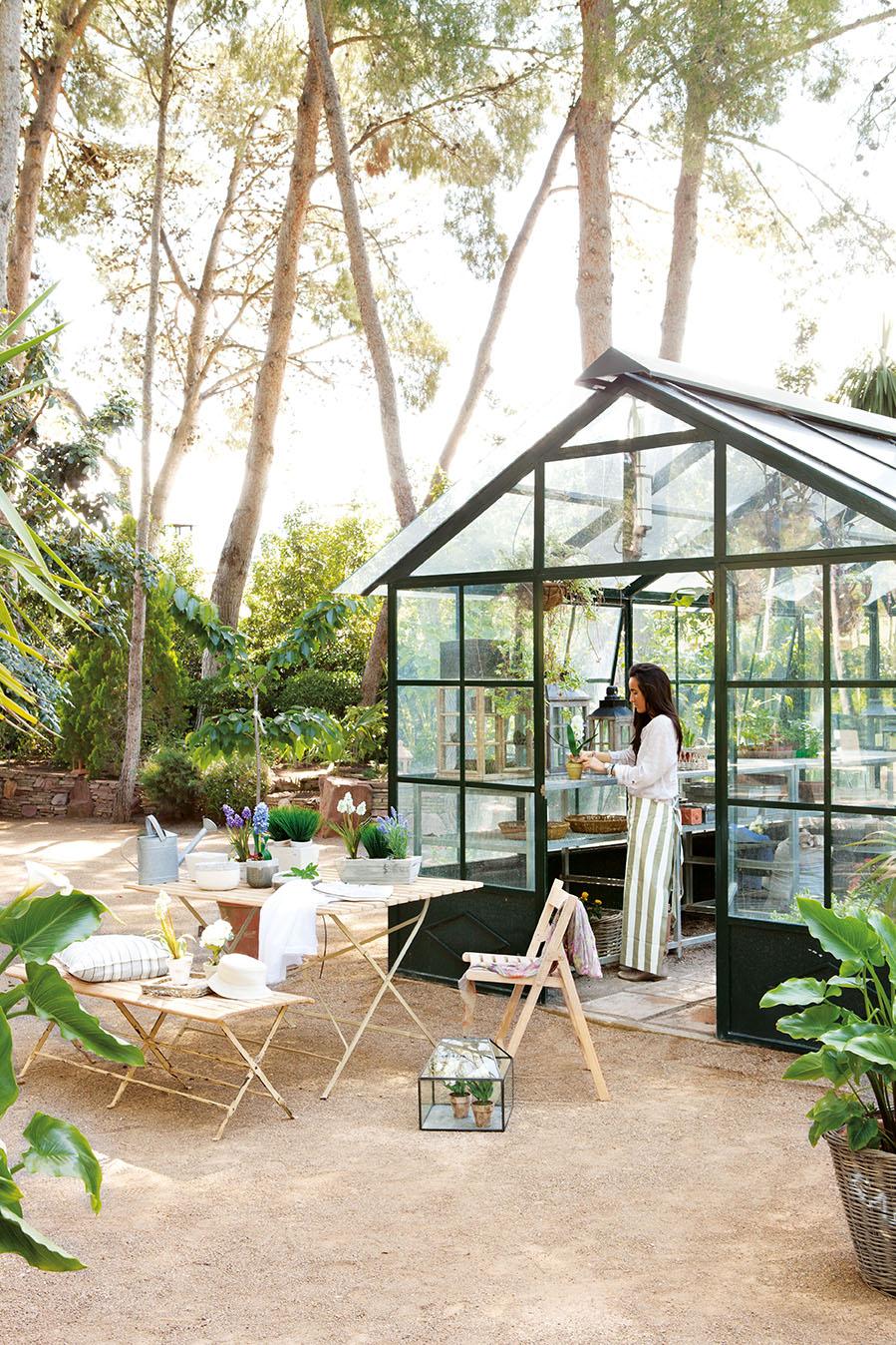 Una casa con invernadero recuperada Invernaderos para casa