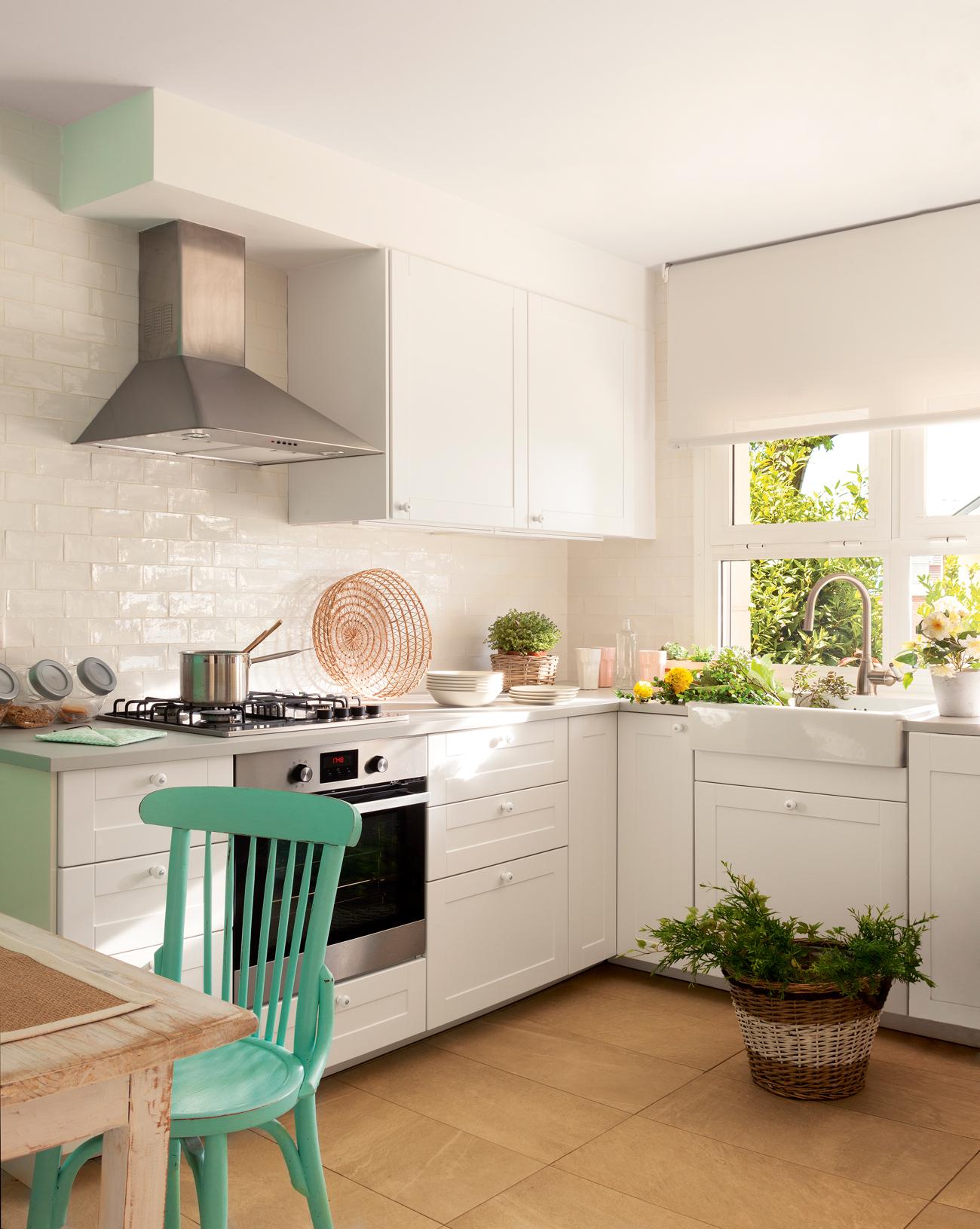 Ideas para espacios peque os for Muebles para cocina en l