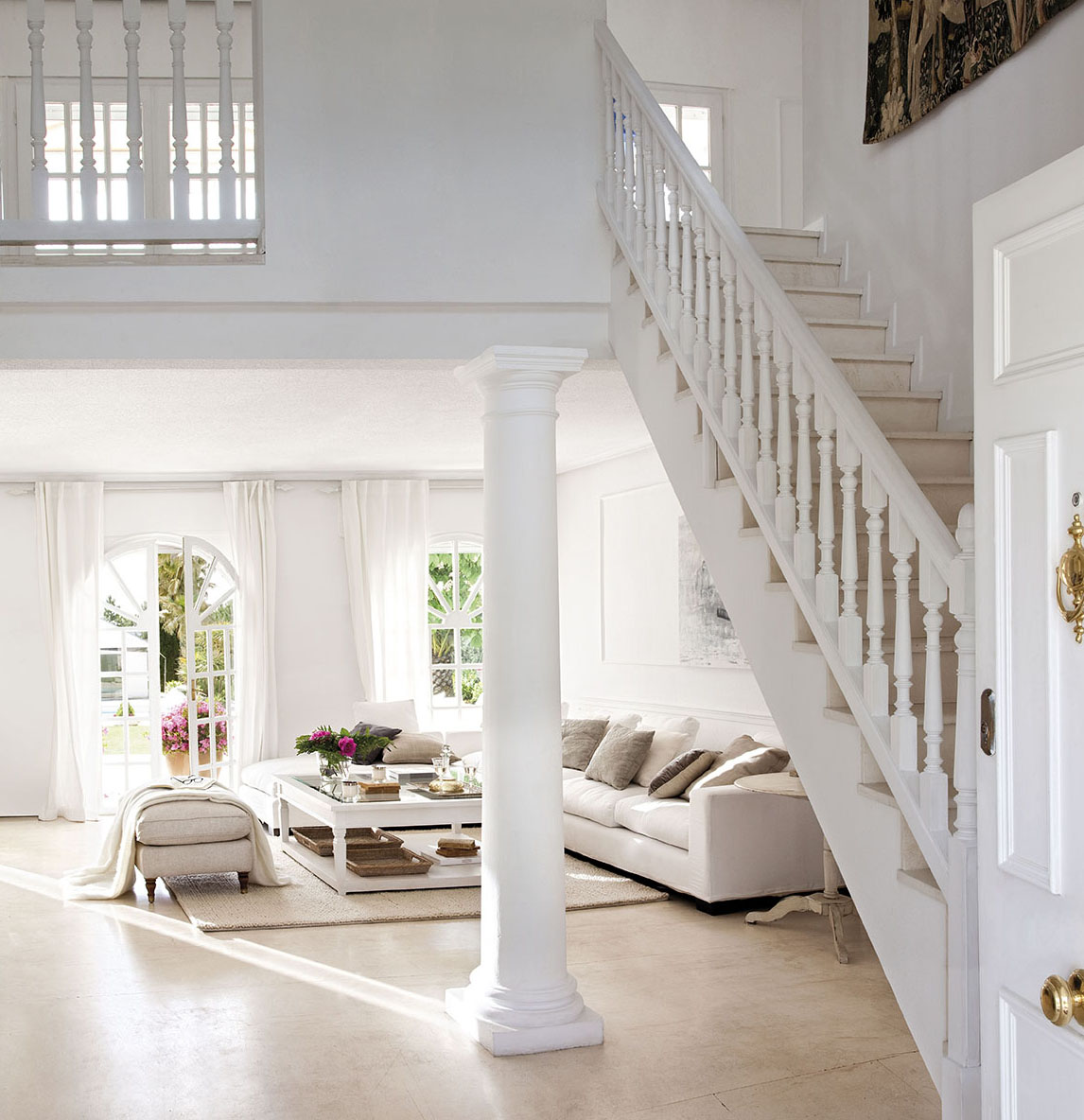 Una Casa Elogio De Luz Y Blancura # Mueble Tv Rinconero