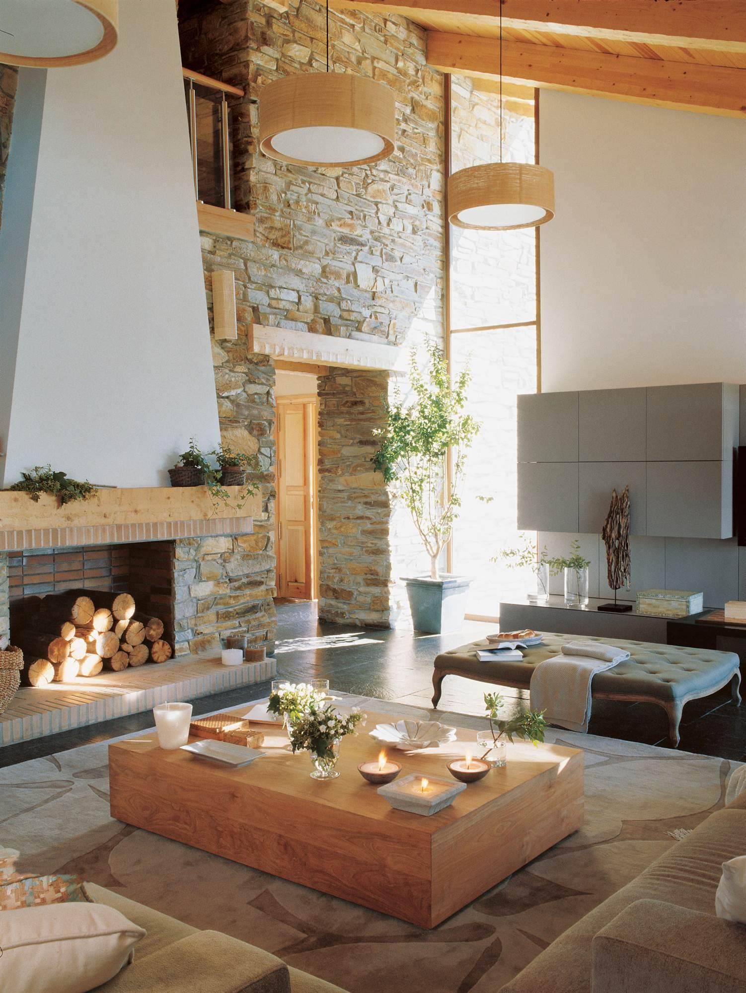Una casa r stica con toques actuales - Paredes decoradas rusticas ...