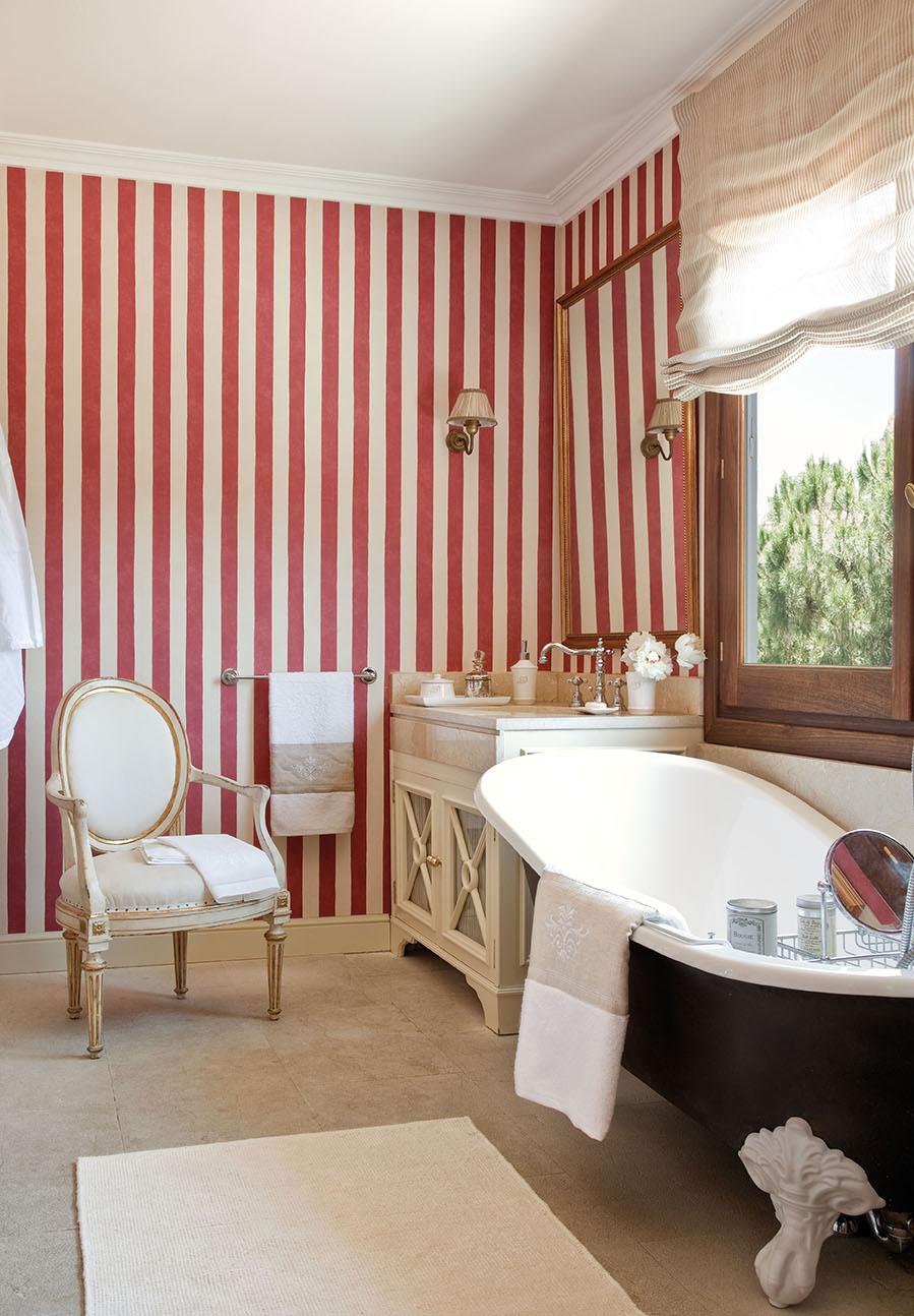Una casa en la toscana con sorpresa Banos pequenos pintados