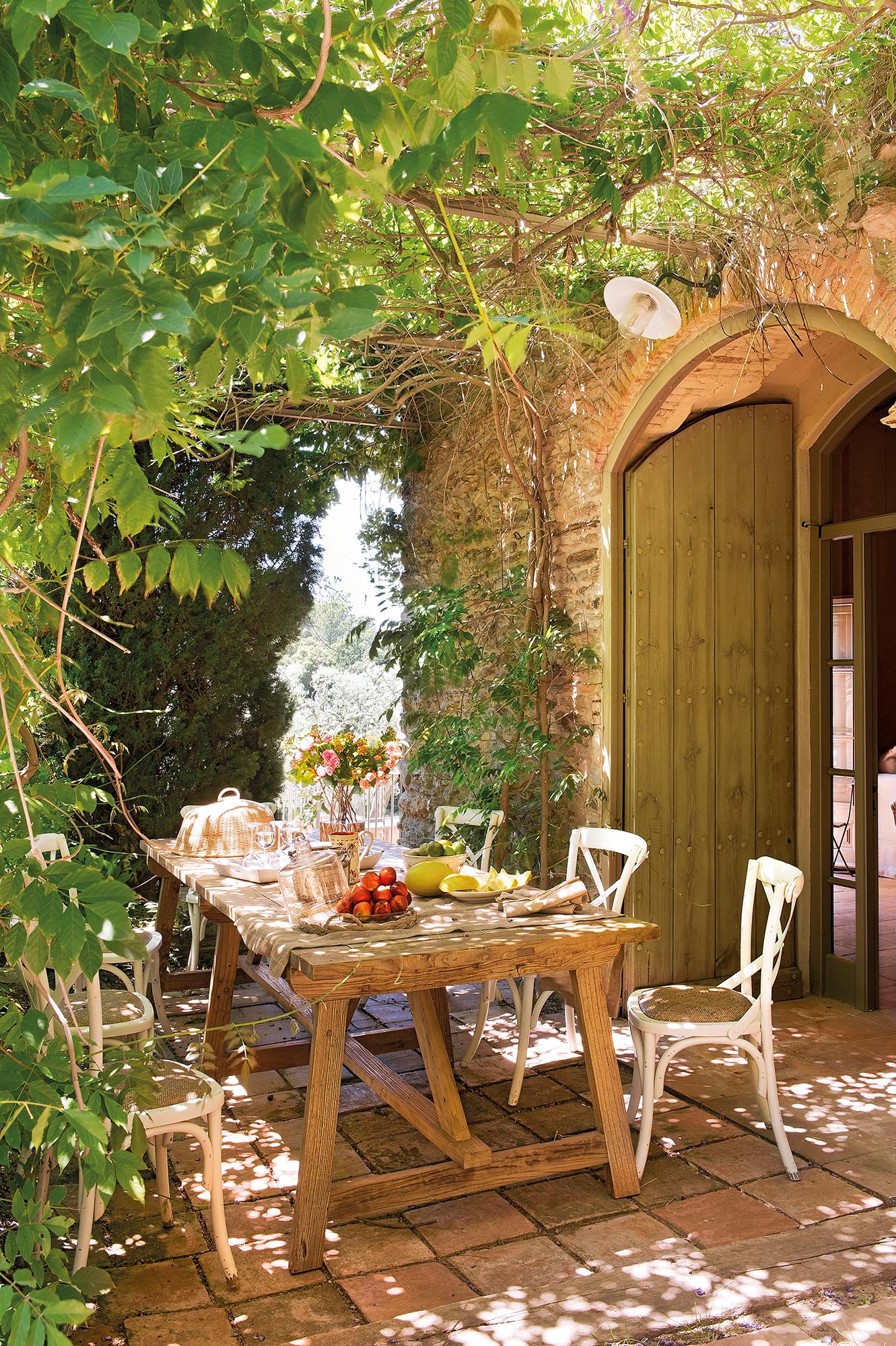 Excelente Tesco Cubiertas De Los Muebles De Jardín Ornamento ...