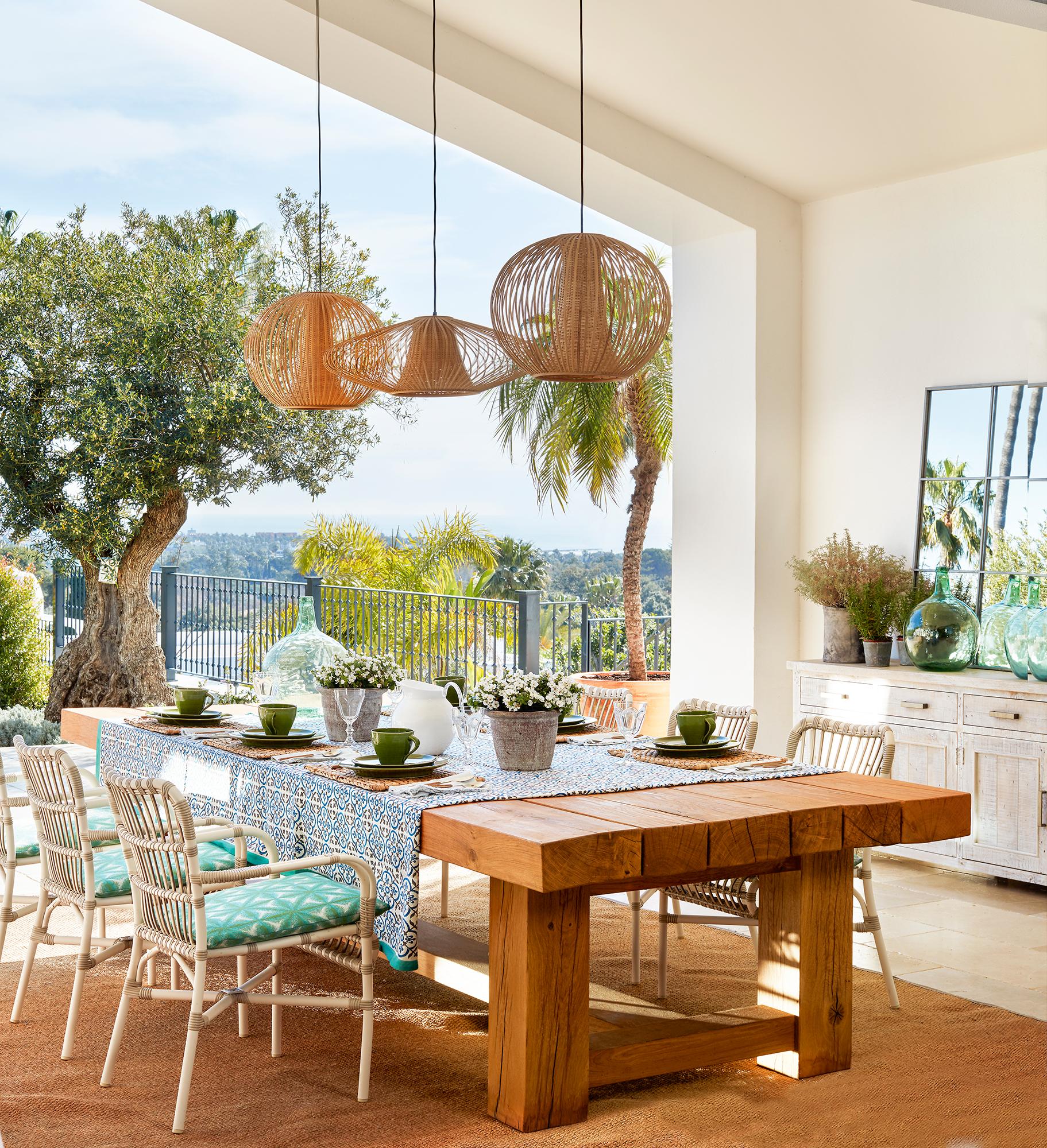 Comedores de exterior los 50 mejores de el mueble for Mesa cristal exterior