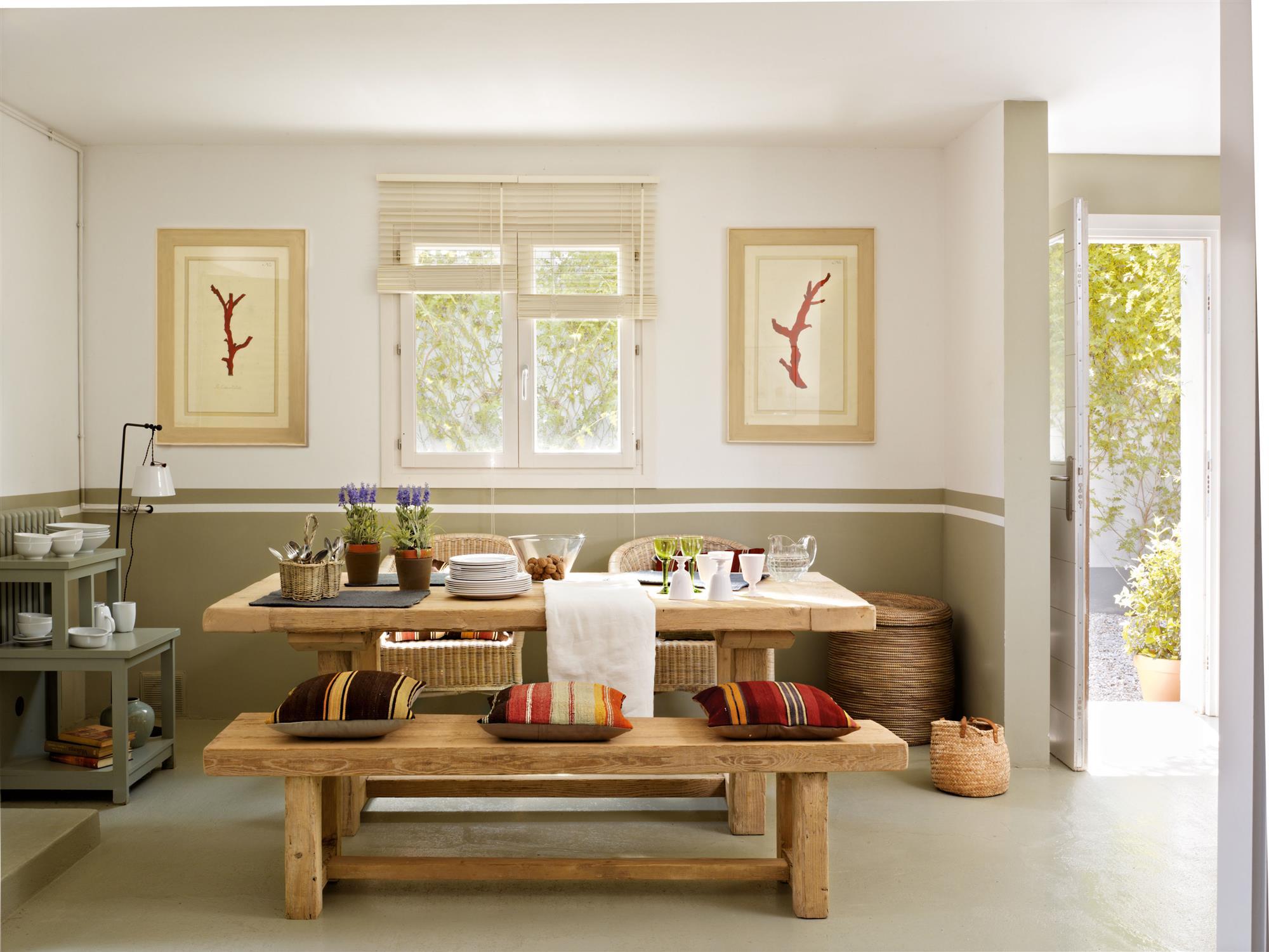 Pintura o papel pintado qu es mejor y pros y contras - Pintura para salon comedor ...